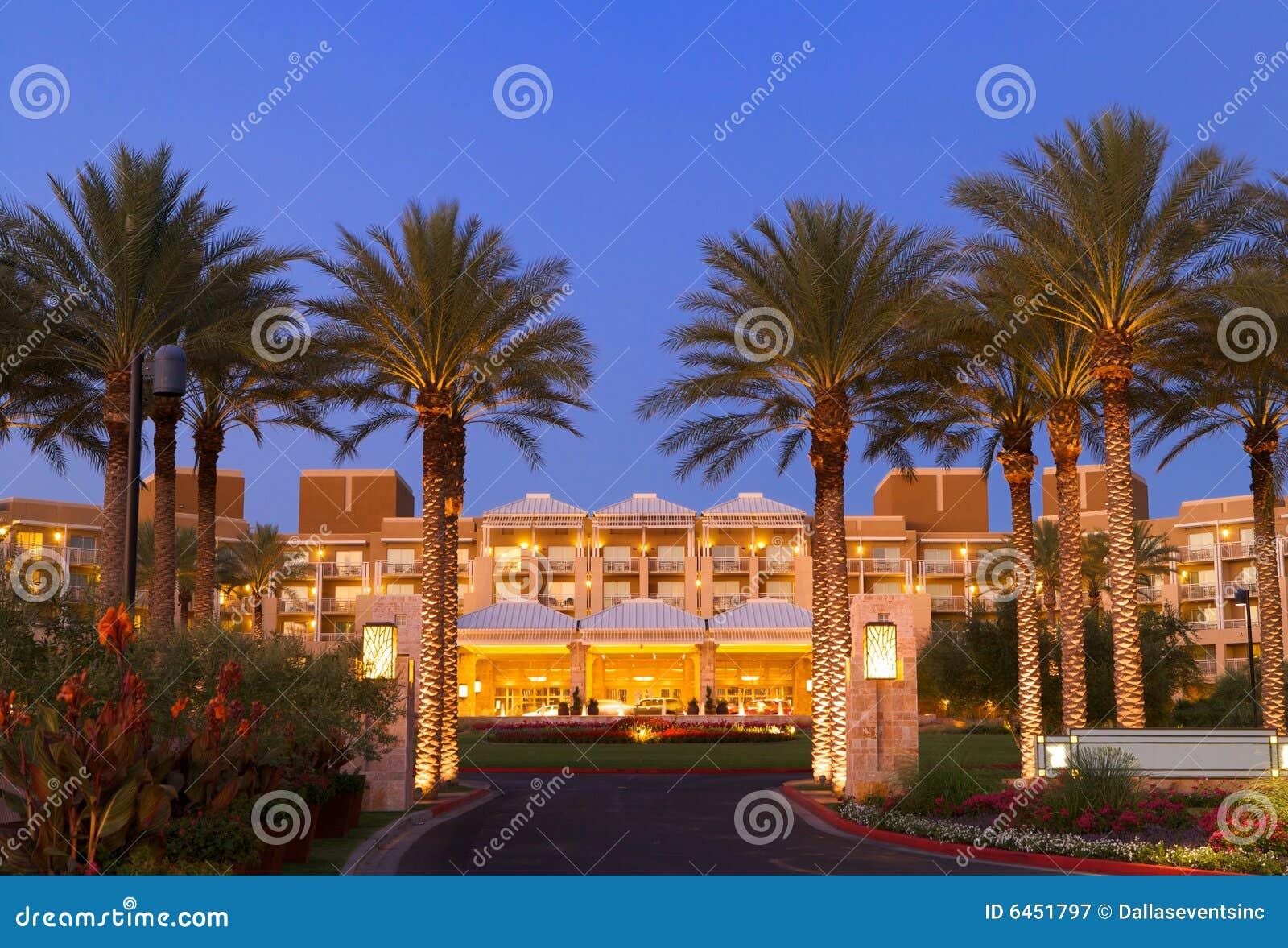 Przednia luksusowy hotel wejścia kurort tropical