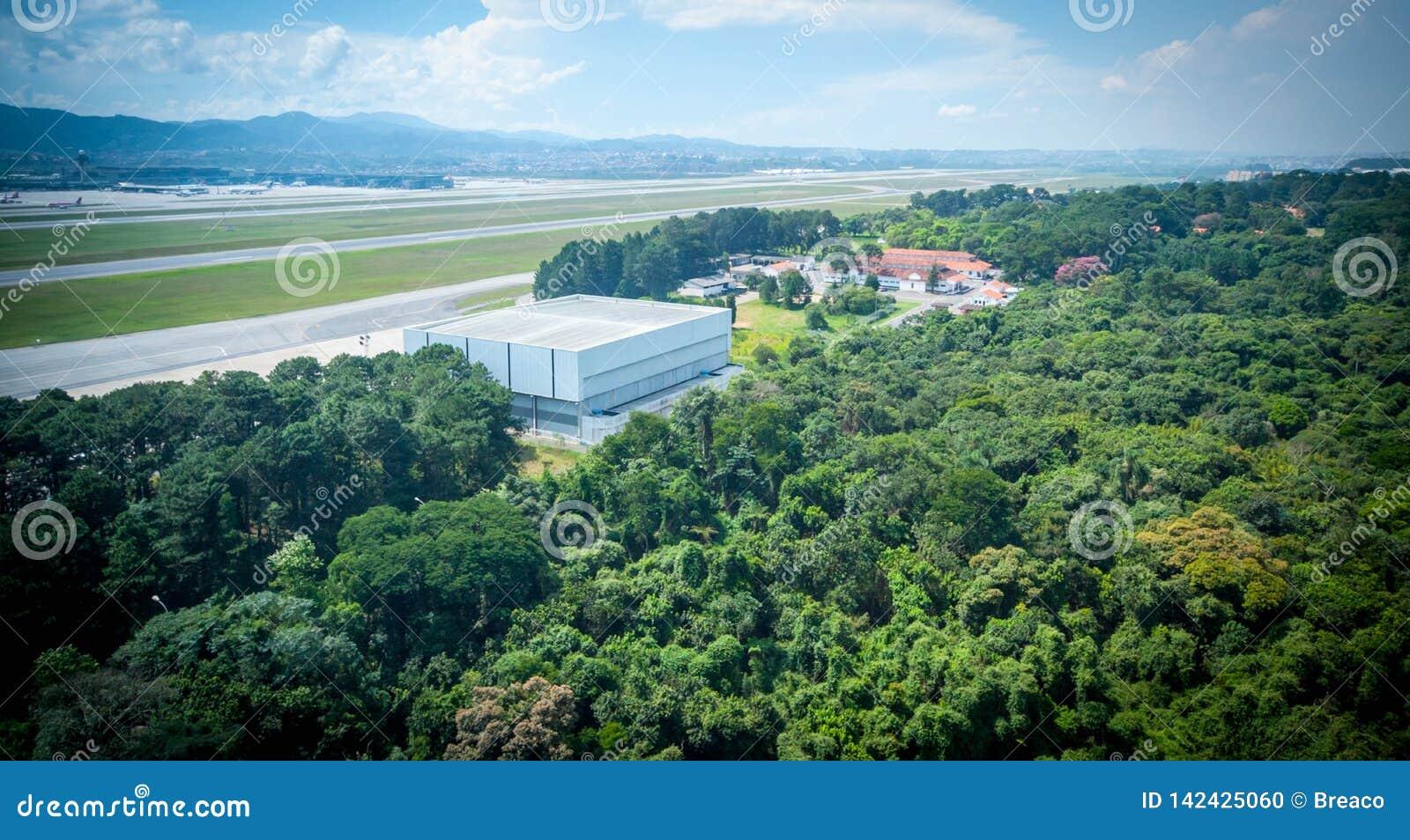 Przelot w São Paulo Brazylia śmigłowcowych congonhas lotniskowych