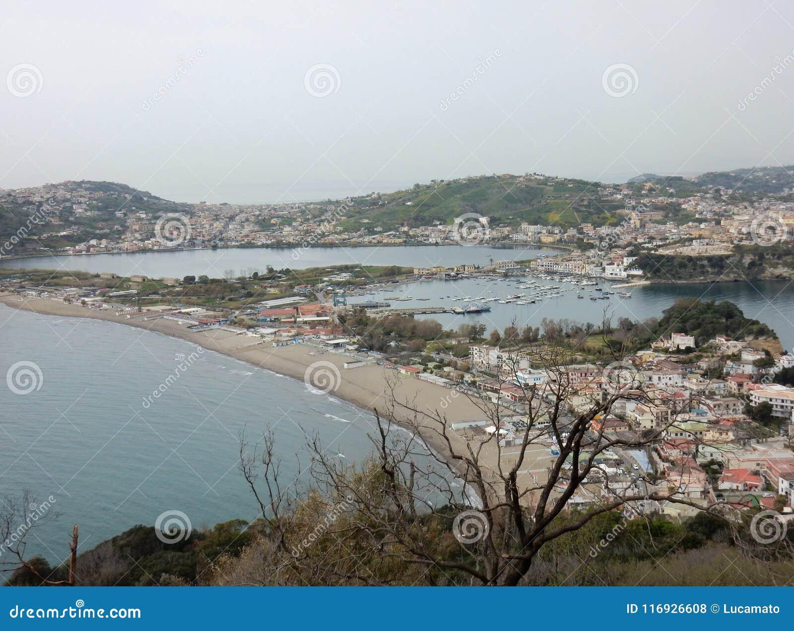 Przelotne spojrzenie plaże Miseno