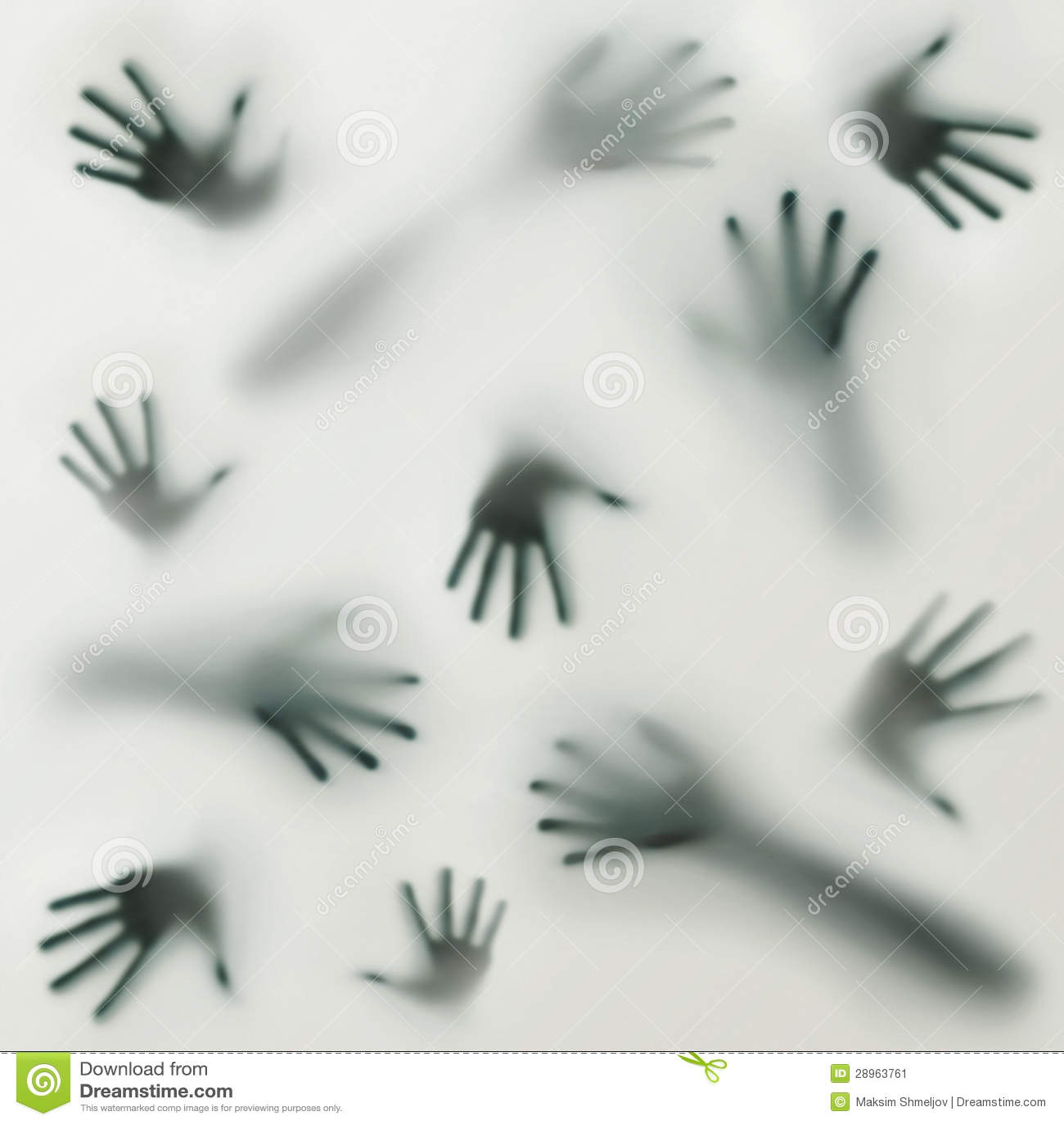 Przerażająca sylwetka wiele różne ręki