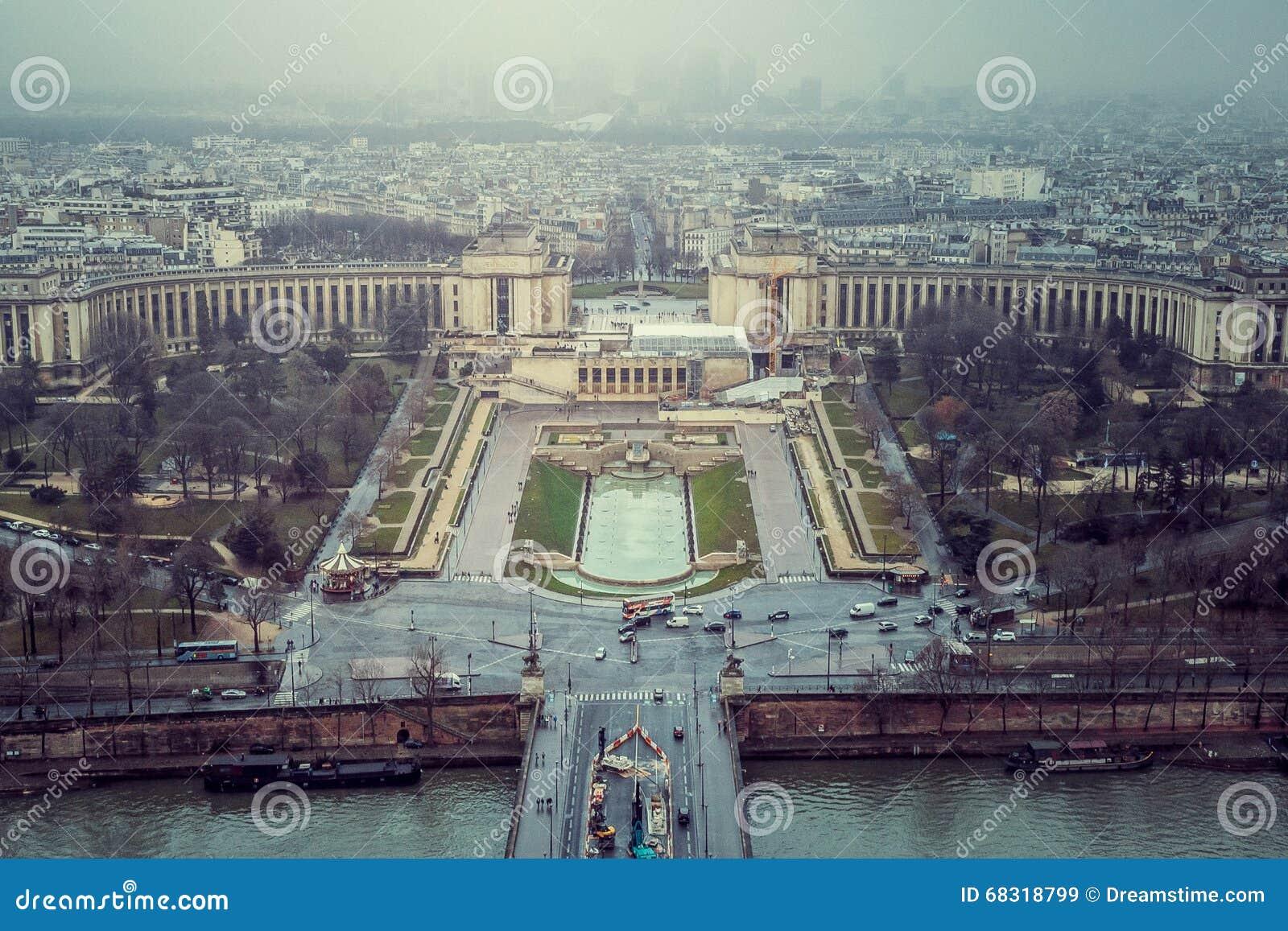 Przerzuca most katedralnego paniusi France notre Paris rzecznego wontonu odgórnego widok