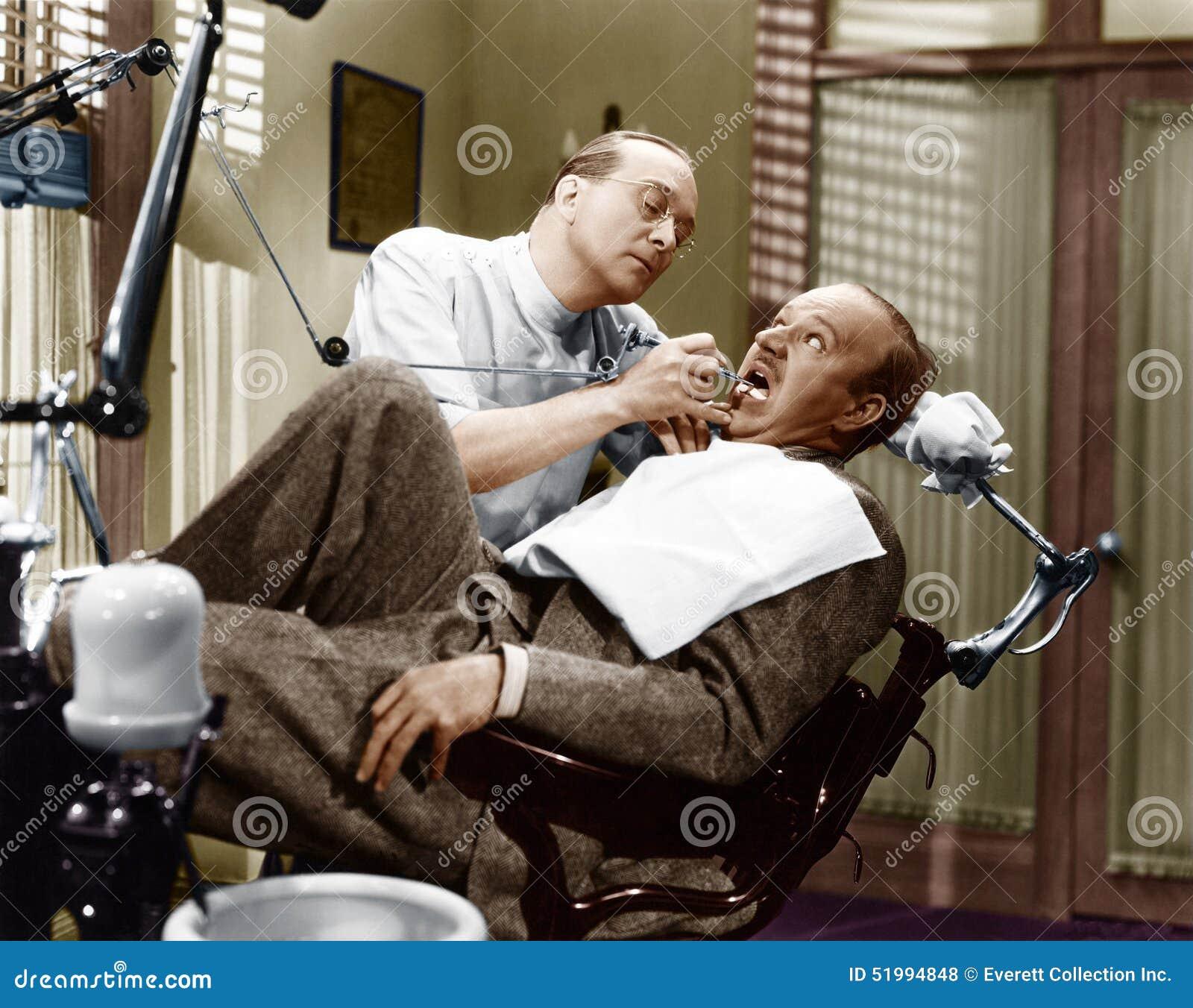 PRZESTRASZONY dentysta (Wszystkie persons przedstawiający no są długiego utrzymania i żadny nieruchomość istnieje Dostawca gwaran