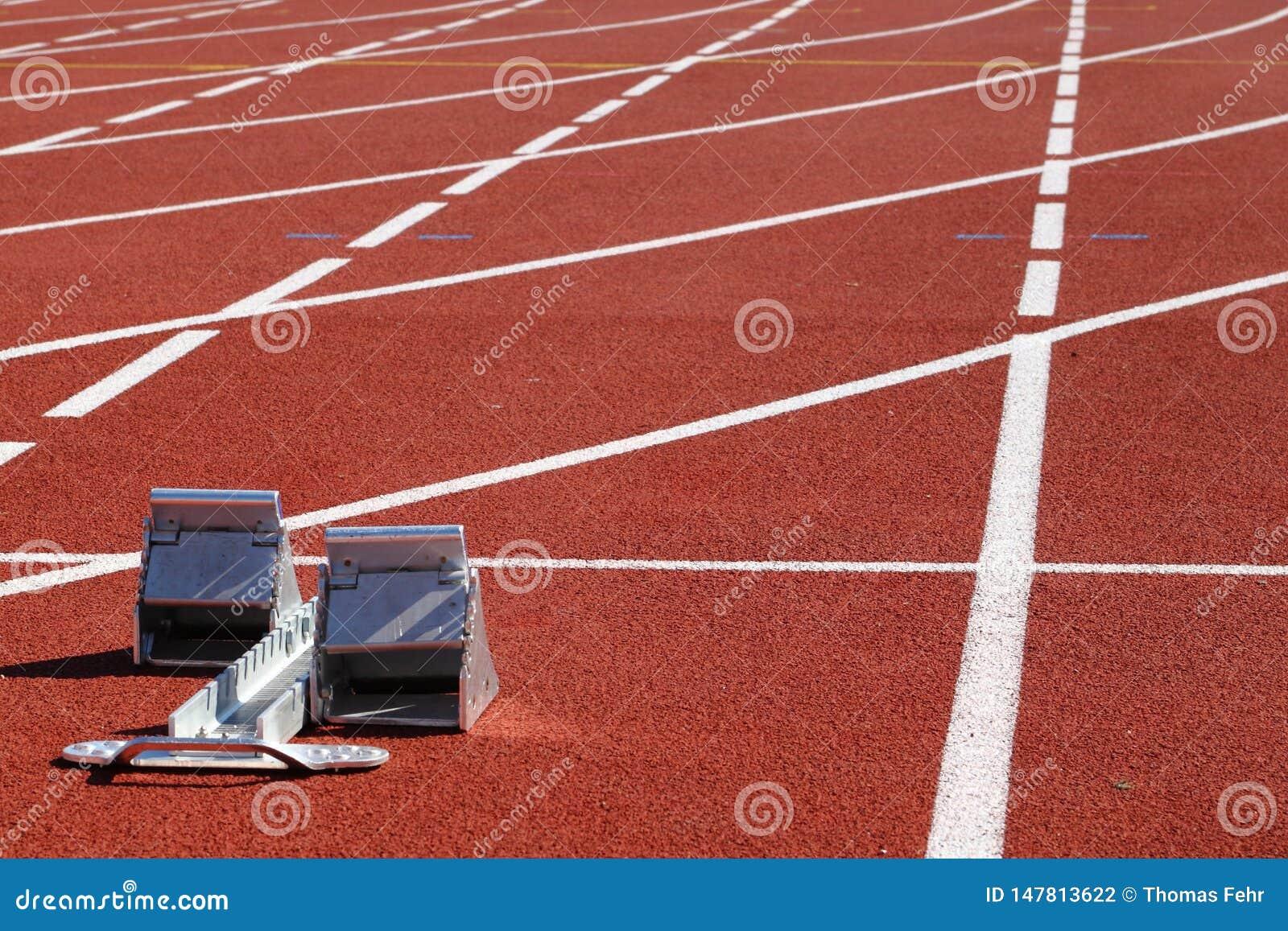 Przeszkody biega? w stadionie