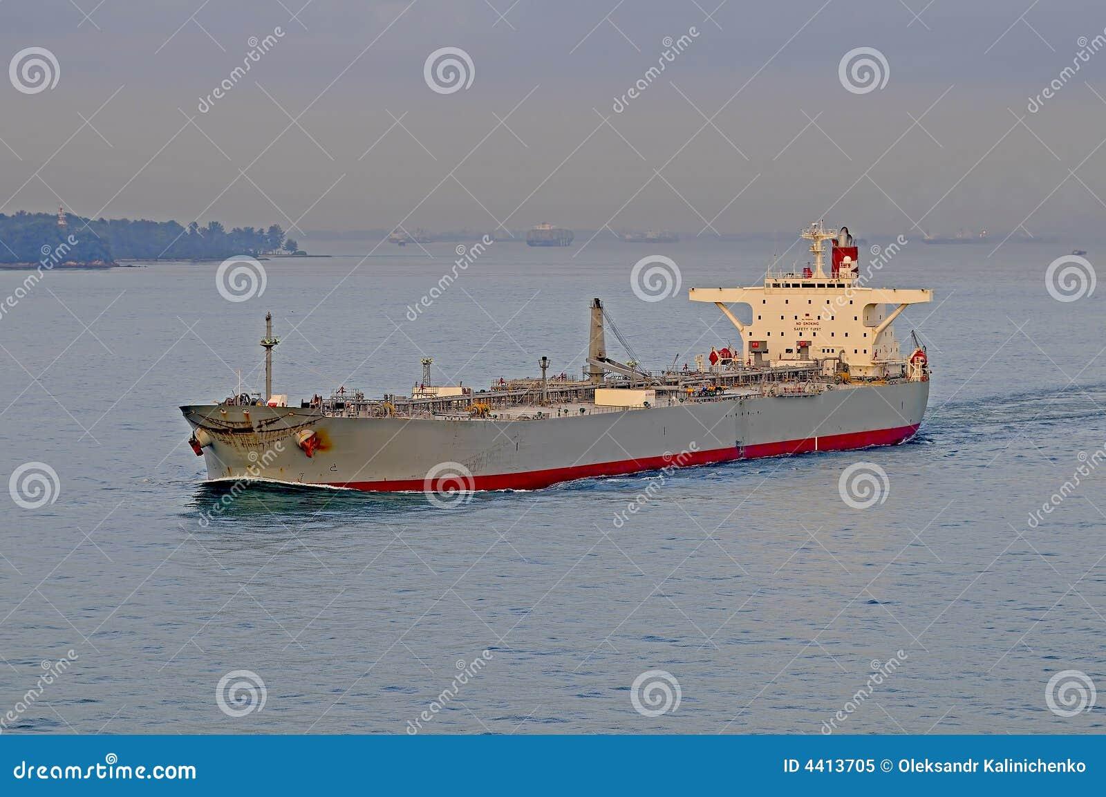 Przewoźnik ropy naftowej tankowiec statku