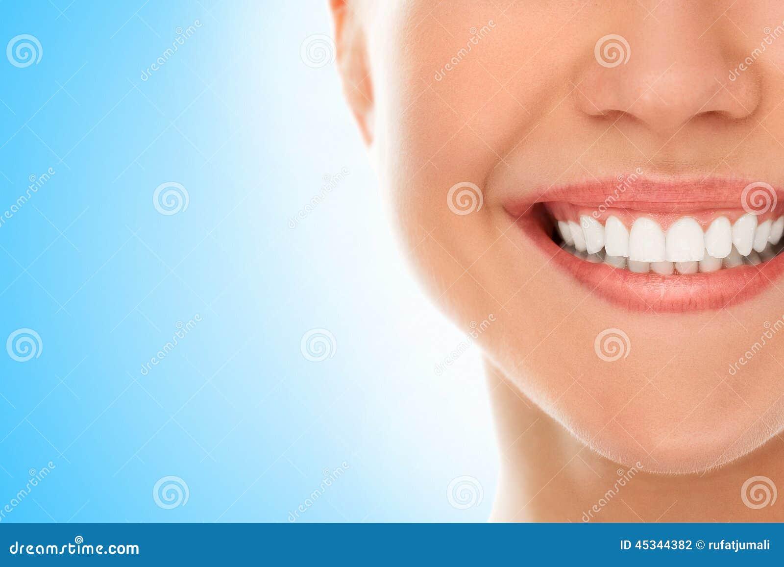 Przy dentystą z uśmiechem