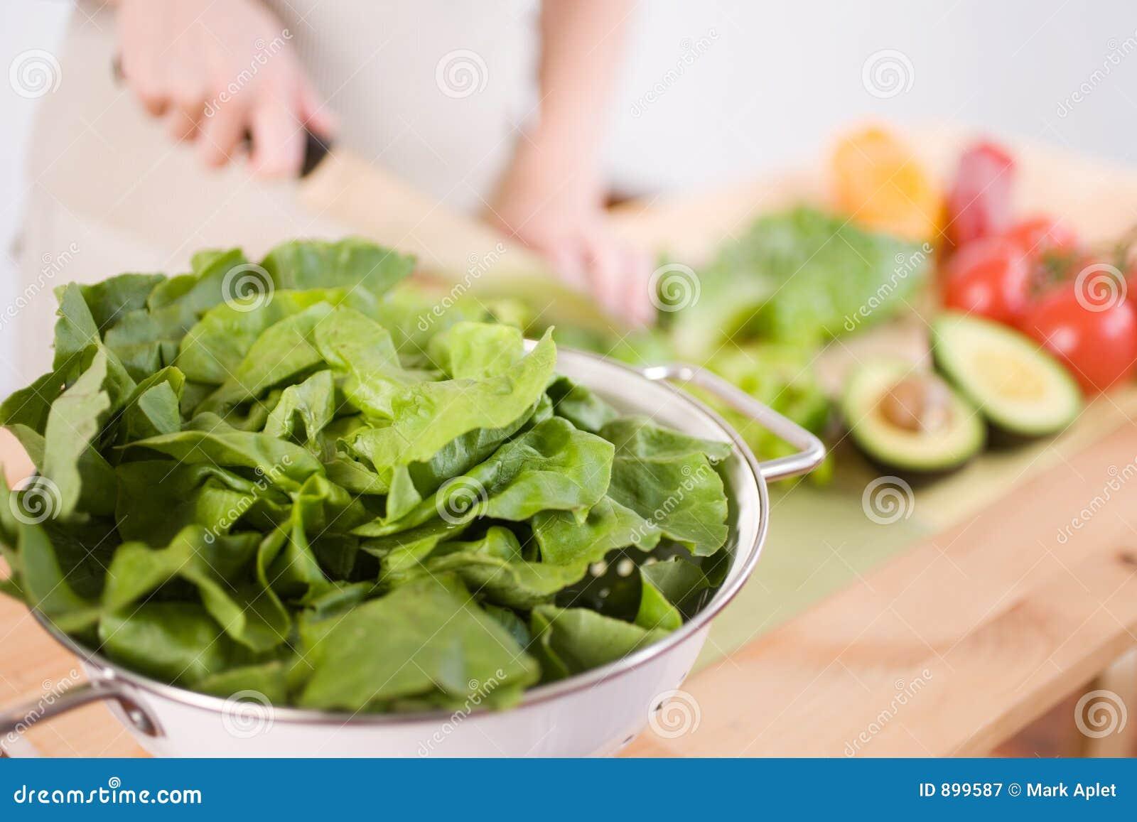 Przygotowanie sałatkę