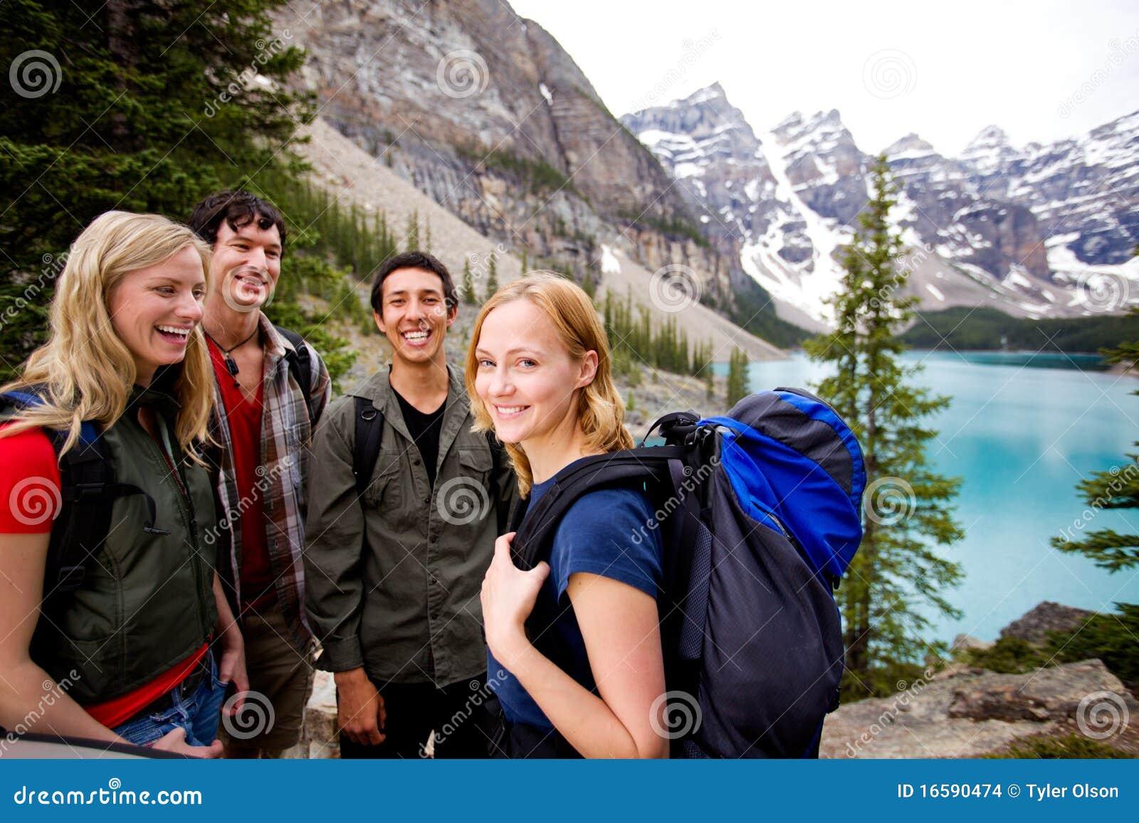 Przyjaciel campingowe góry