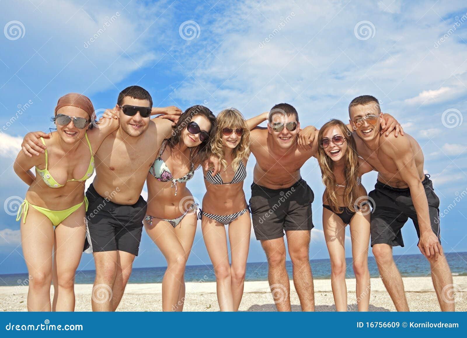 Przyjaciel plażowa drużyna