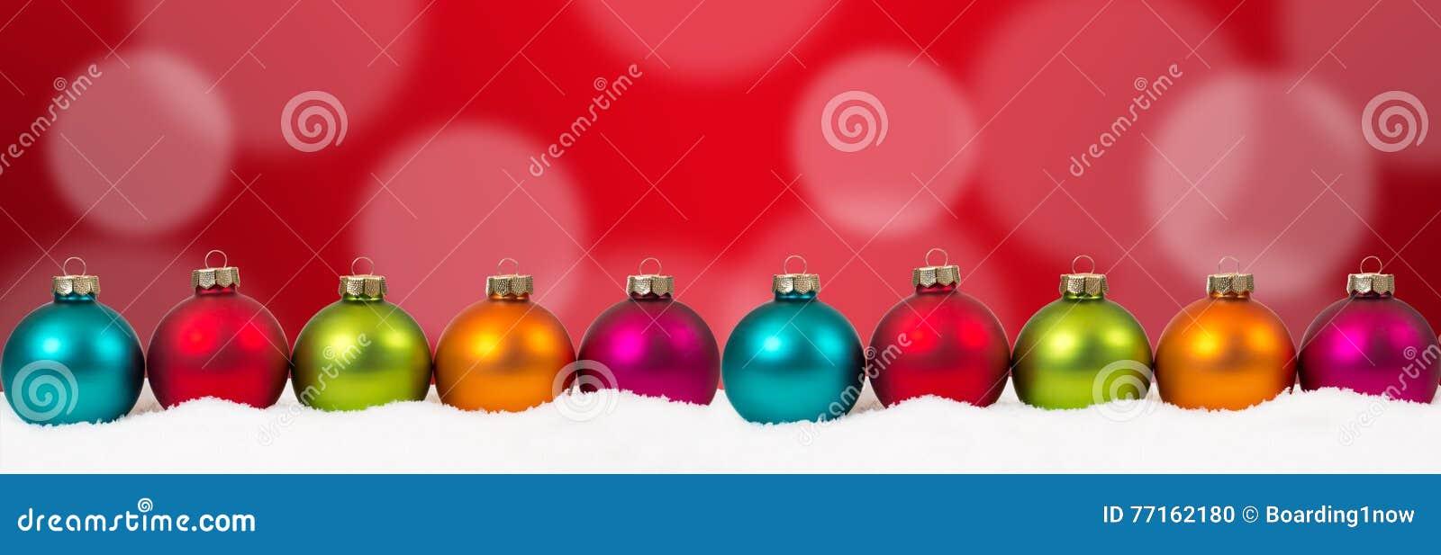 PS rouge de copie de copyspace de décoration de bannière colorée de boules de Noël