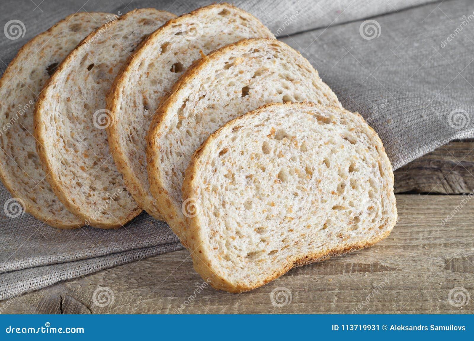 Pszeniczny chleb z otręby