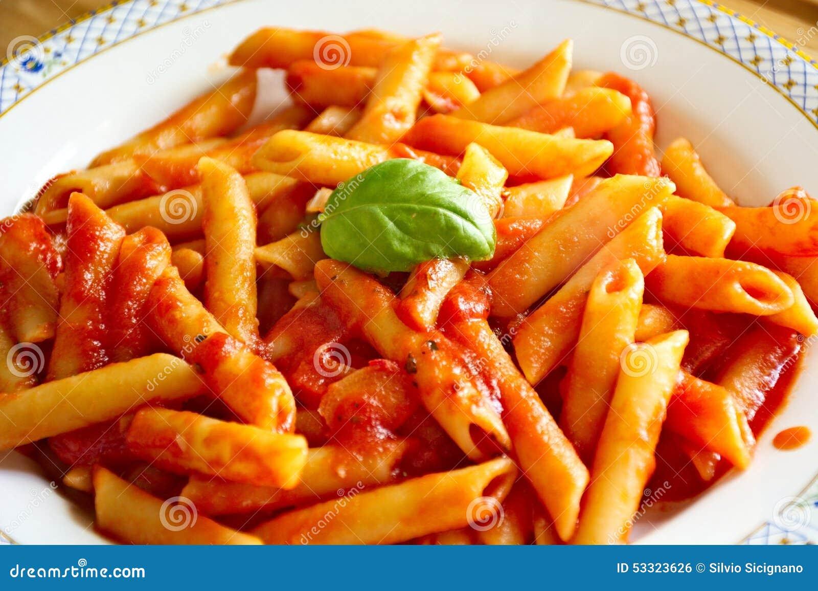 p tes sauce tomate nourriture italienne photo stock image 53323626. Black Bedroom Furniture Sets. Home Design Ideas