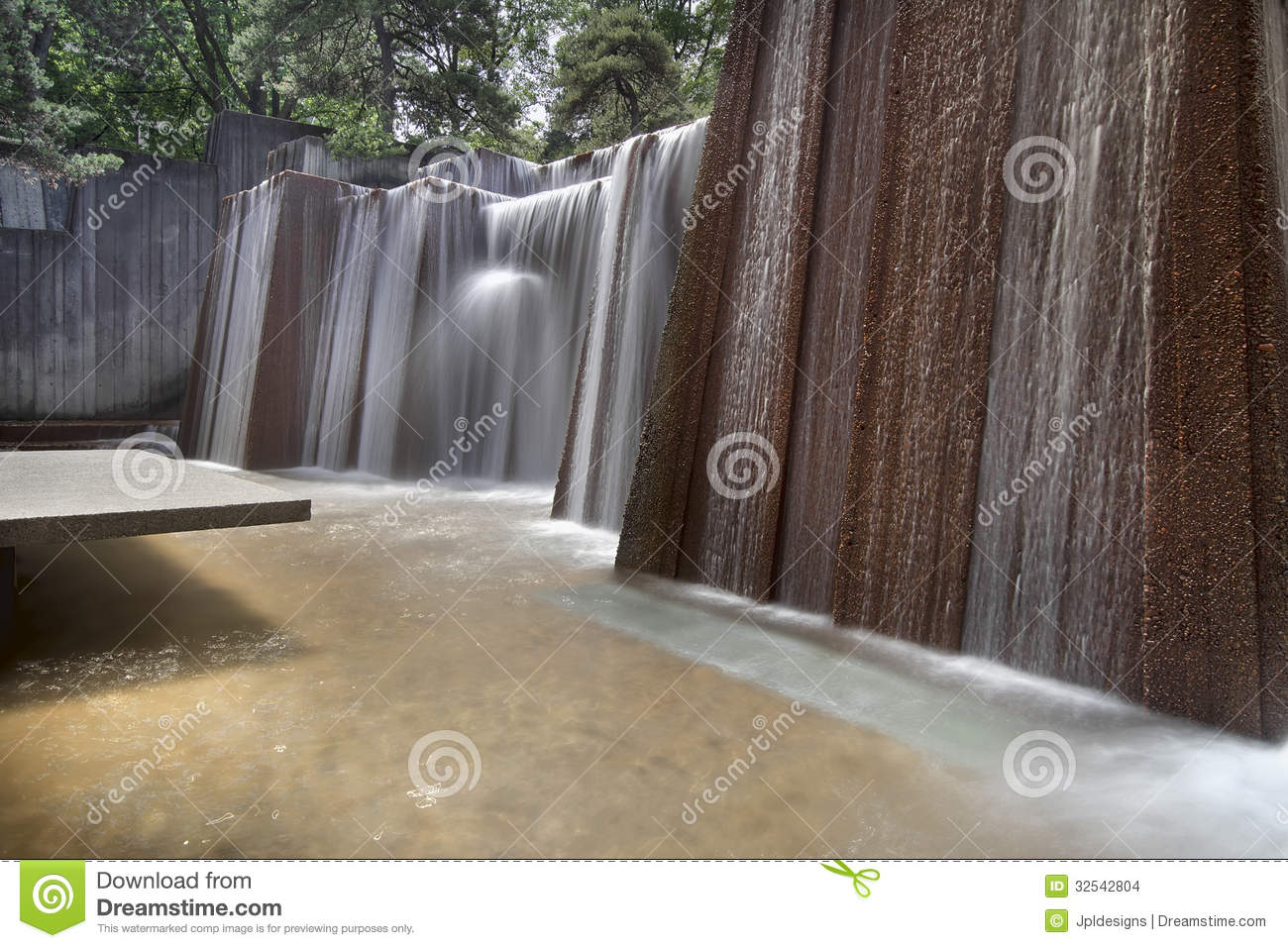 Public Parks Water Fountain Stock Images - Image: 32542804