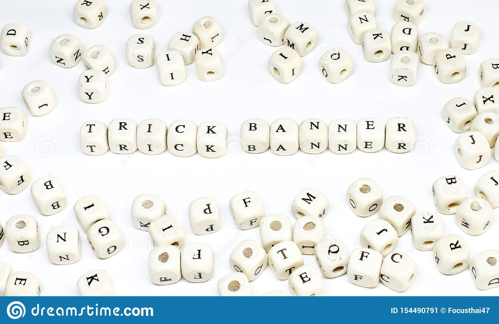 Publicidade online publicando em blogs do e-mail do comércio eletrónico e bandeira de madeira social do truque do ABC do termo de
