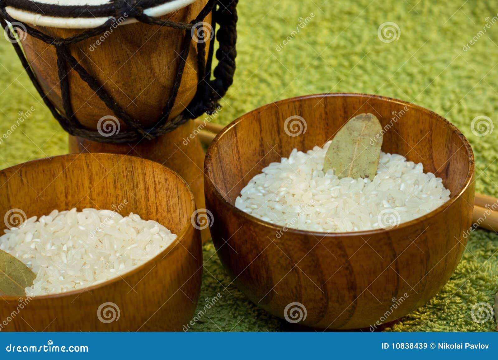 Puchary zielenieją drewnianego ryżowego tamtam