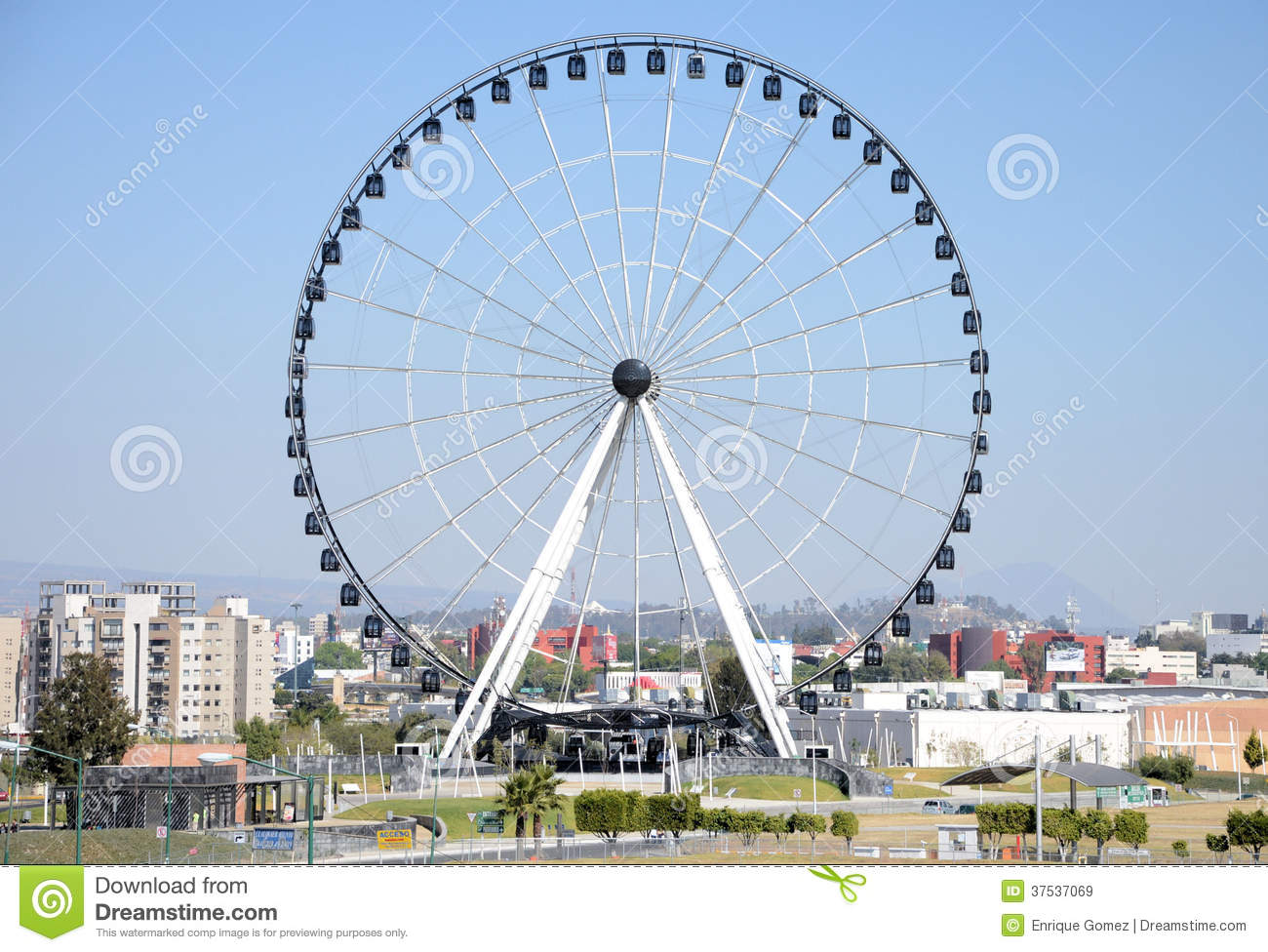 Puebla Ferris Wheel Editorial Stock Image - Image: 37537069
