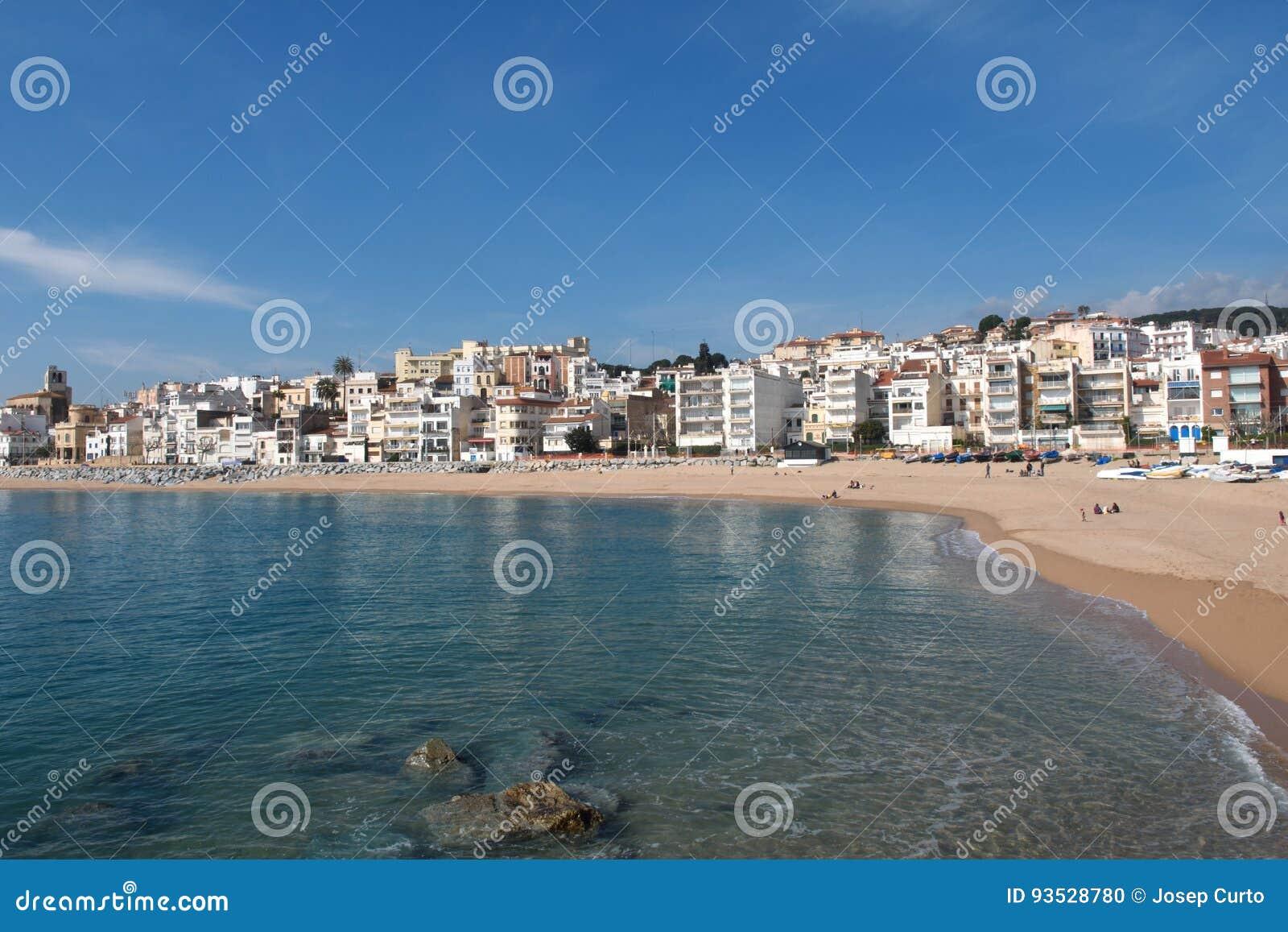 Pueblo de Sant Pol de Mar en la provincia de Barcelona, Cataluña, balneario