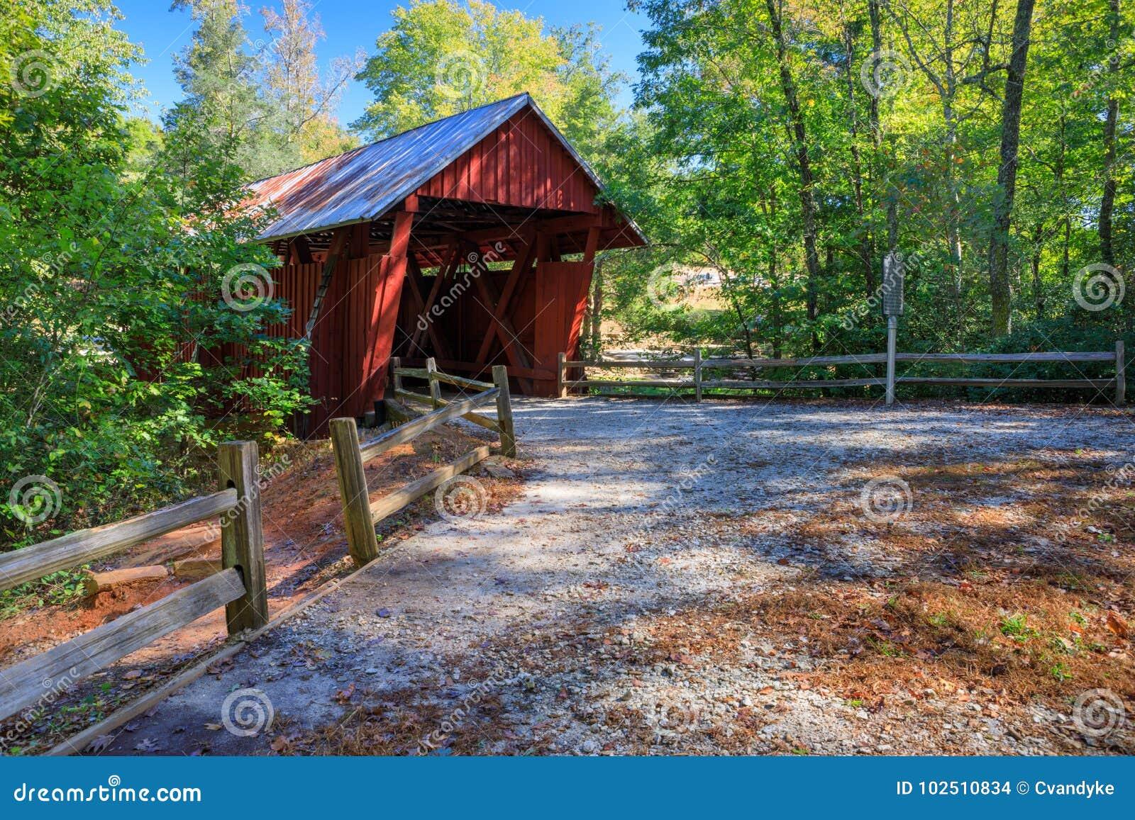Puente cubierto Carolina del Sur del ` s de Campbell