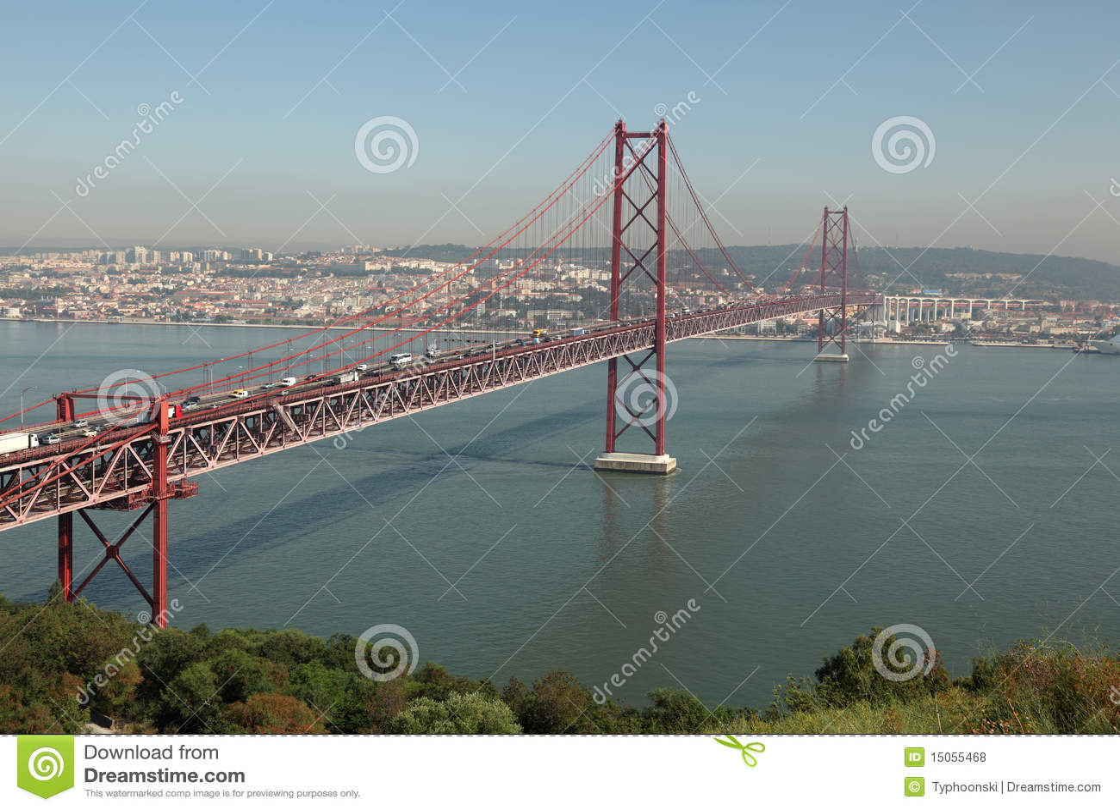 Puente de suspensión en Lisboa