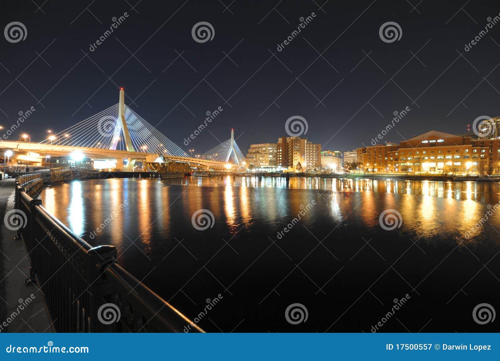 Puente de Zakim en Boston Massachusetts