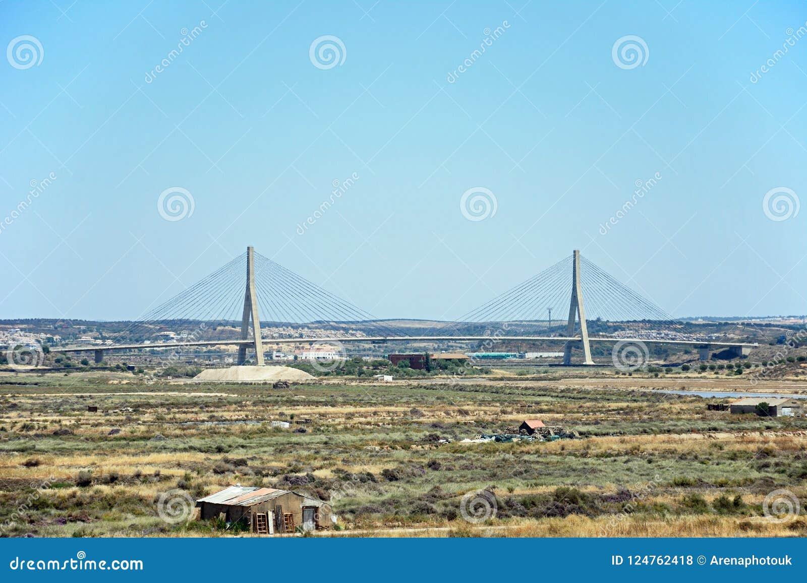 Puente internacional de Guadiana, Castro Marim