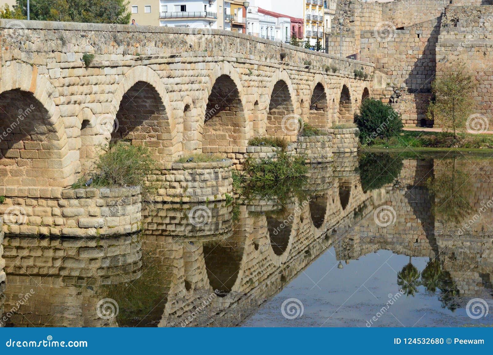 Puente Romana, Roman Bridge, Merida Spain