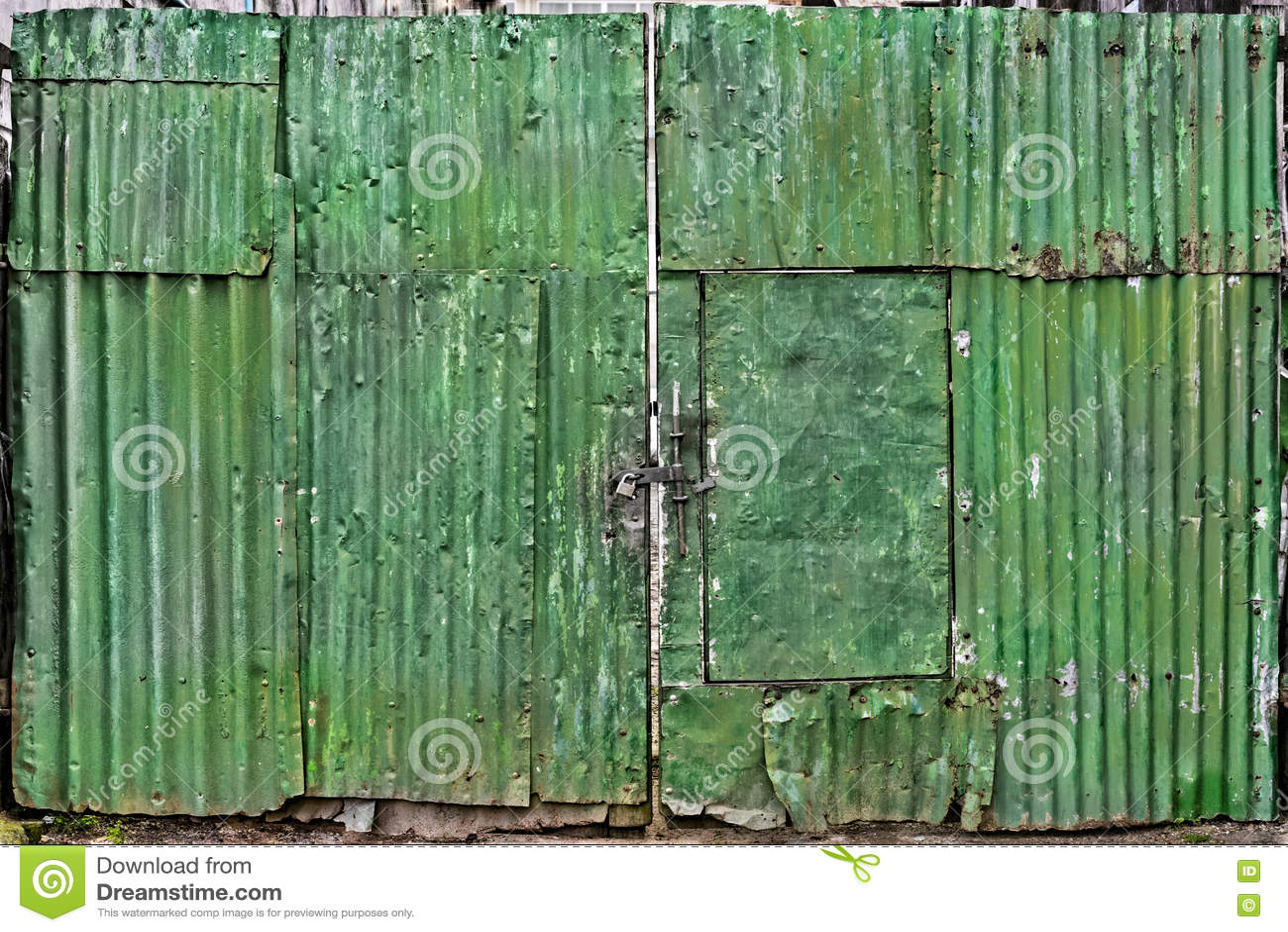 Resultado de imagen para  pared de chapas acanaladas oxidadas