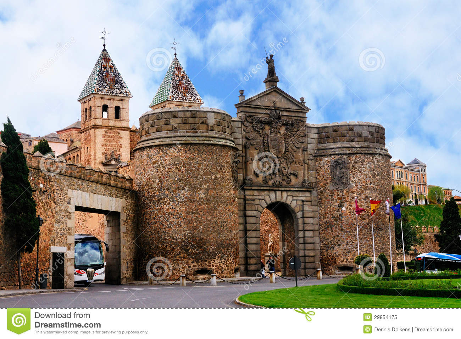 Puerta de bisagra toledo spain editorial image image - Bisagra de puerta ...