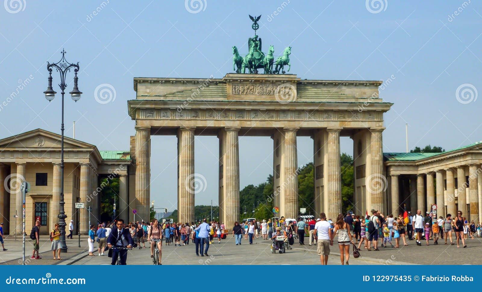Puerta de Brandenburgo en Berlín, Alemania