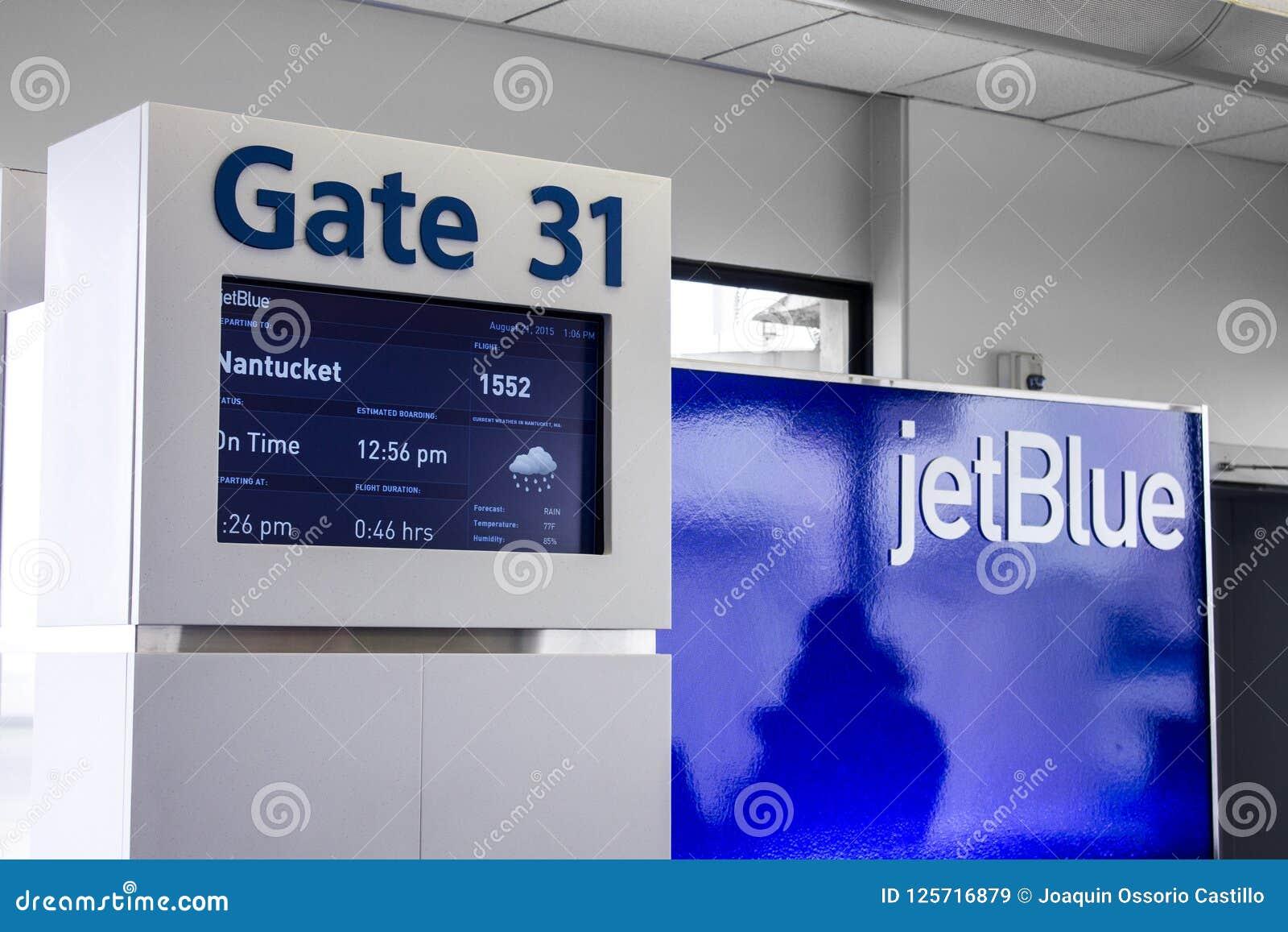 Puerta del aeropuerto de JetBlue