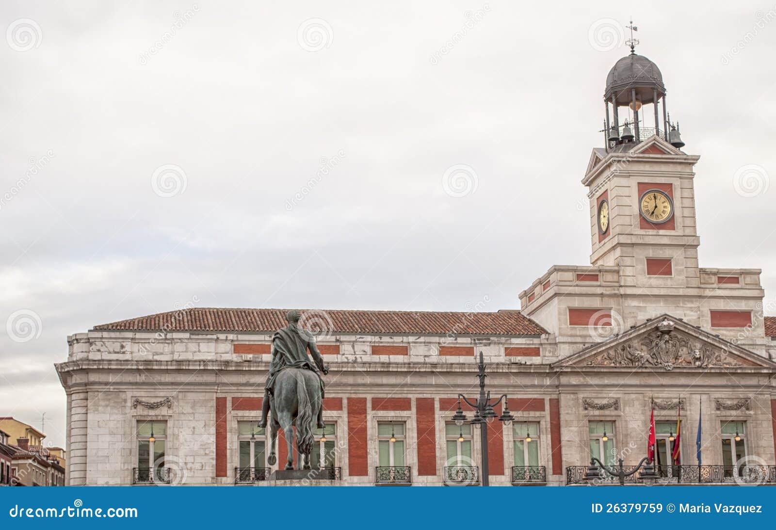 Puerta del sol in madrid spain royalty free stock images for Puerta del sol madrid spain