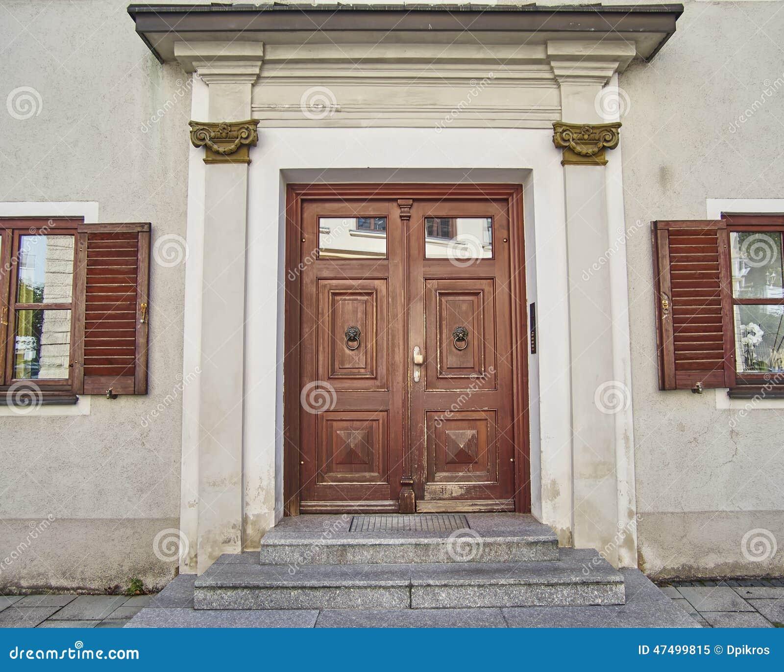Puerta elegante, Munchen, Alemania