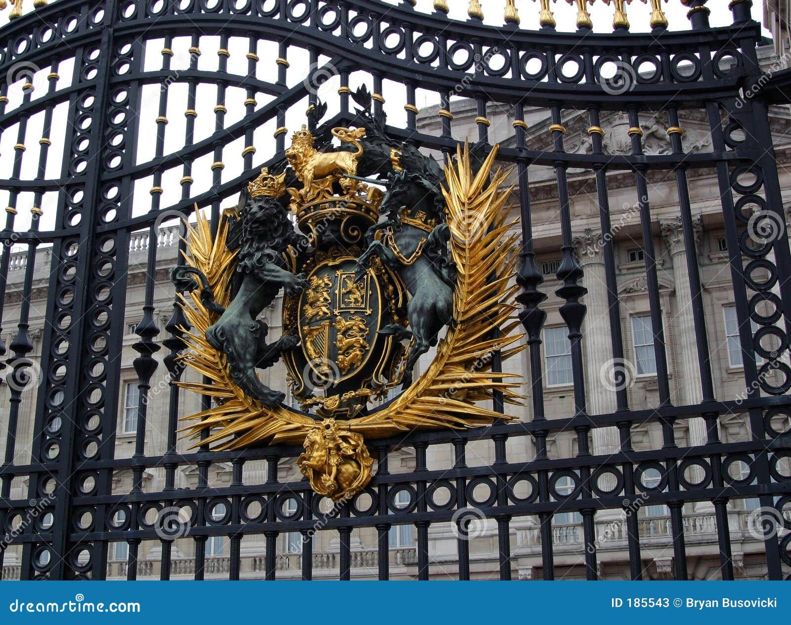 Puerta principal del Buckingham Palace