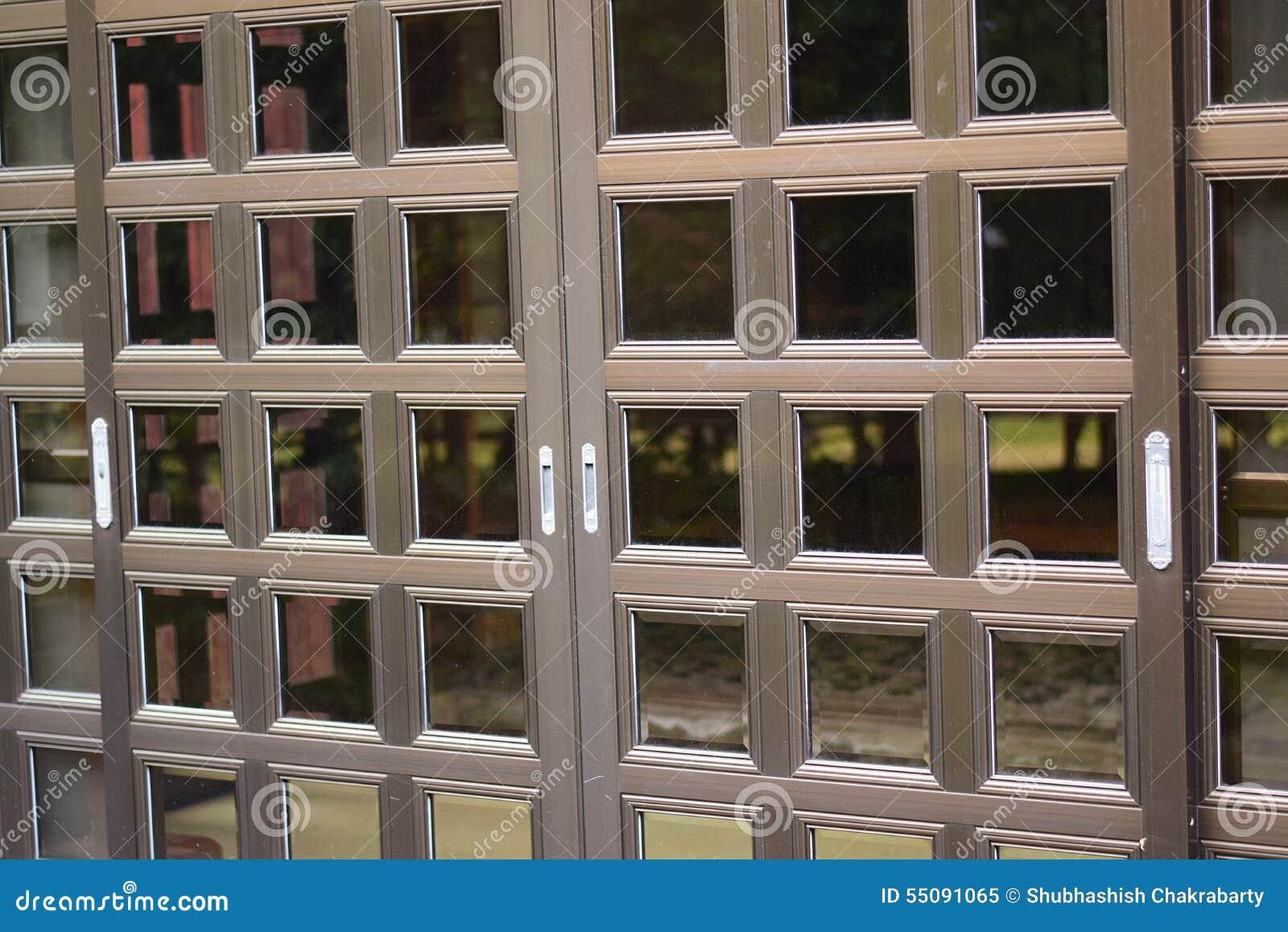 puertas deslizantes japonesas foto de archivo