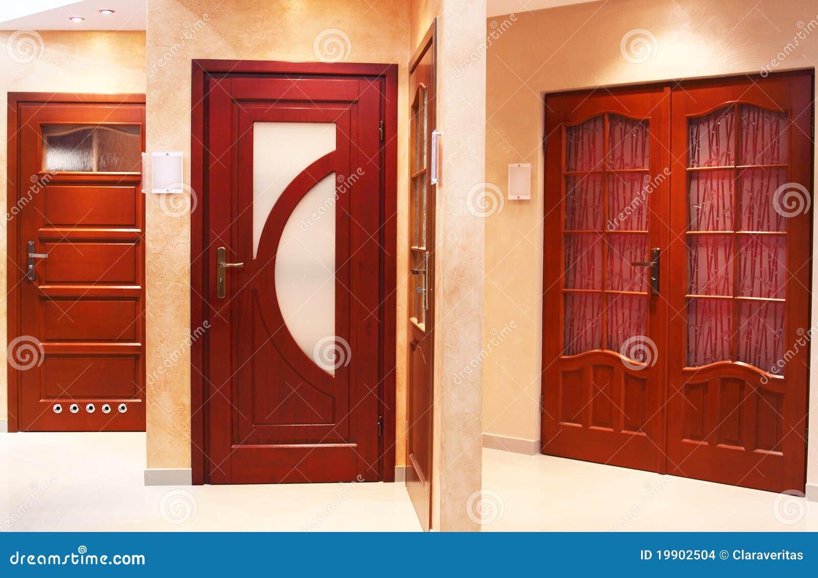 Puertas modernas imagenes de archivo imagen 19902504 for Imagenes de puertas de madera modernas