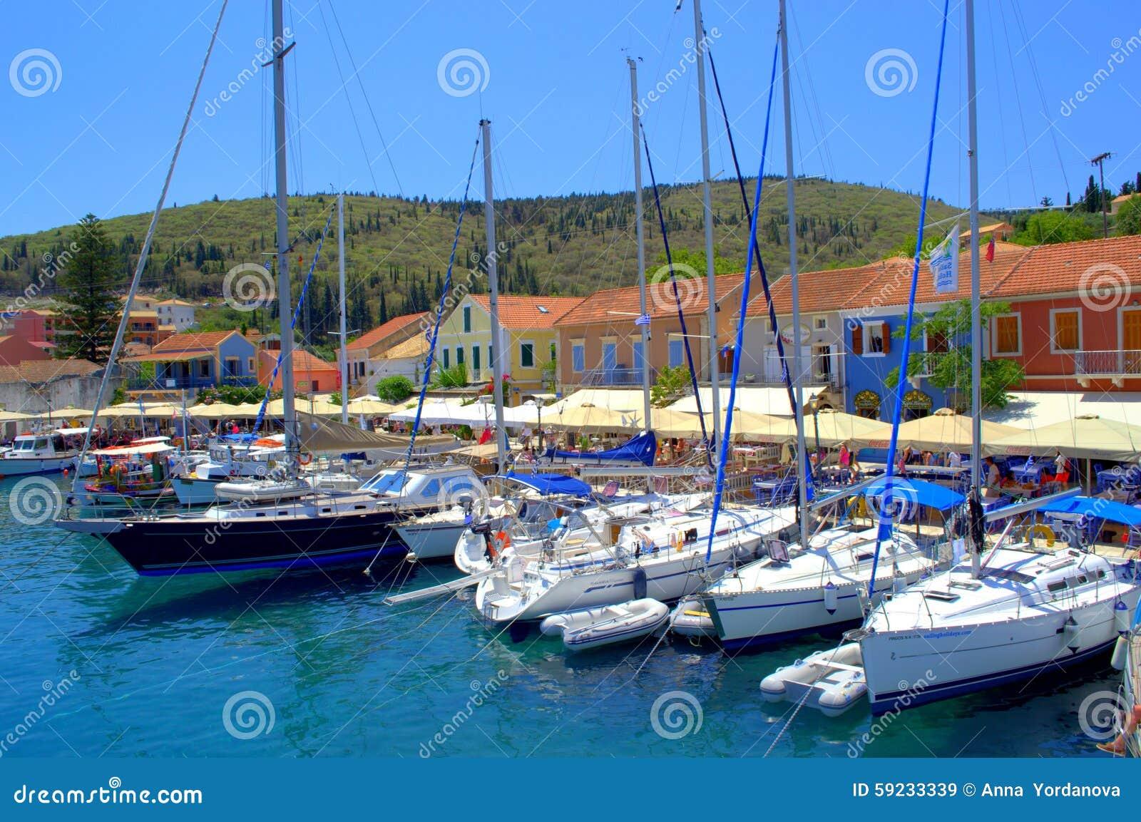 Puerto de Fiskardo, isla Grecia de Kefalonia