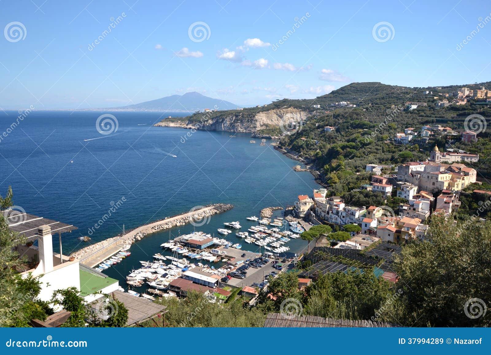 Puerto en Italia.