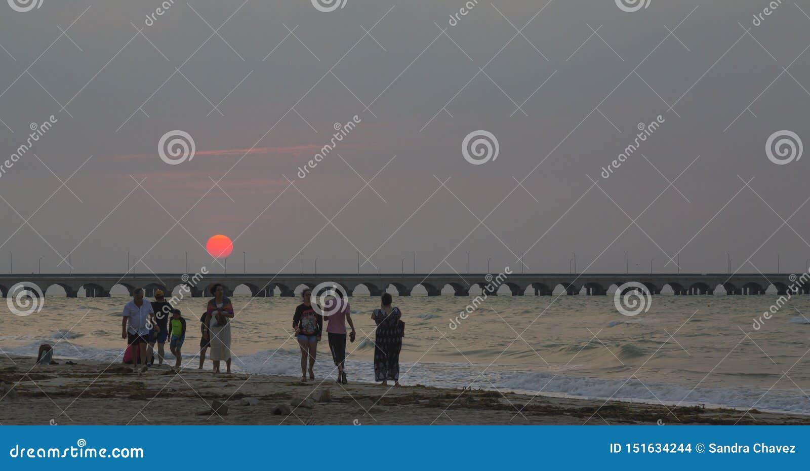 Puerto Progreso strand, 30 minuter från staden av Merida