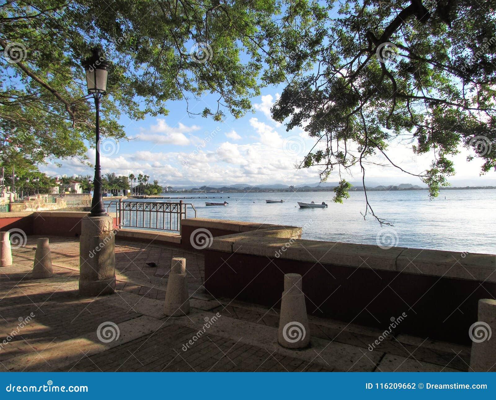 Puerto Rico - The island Borinquén