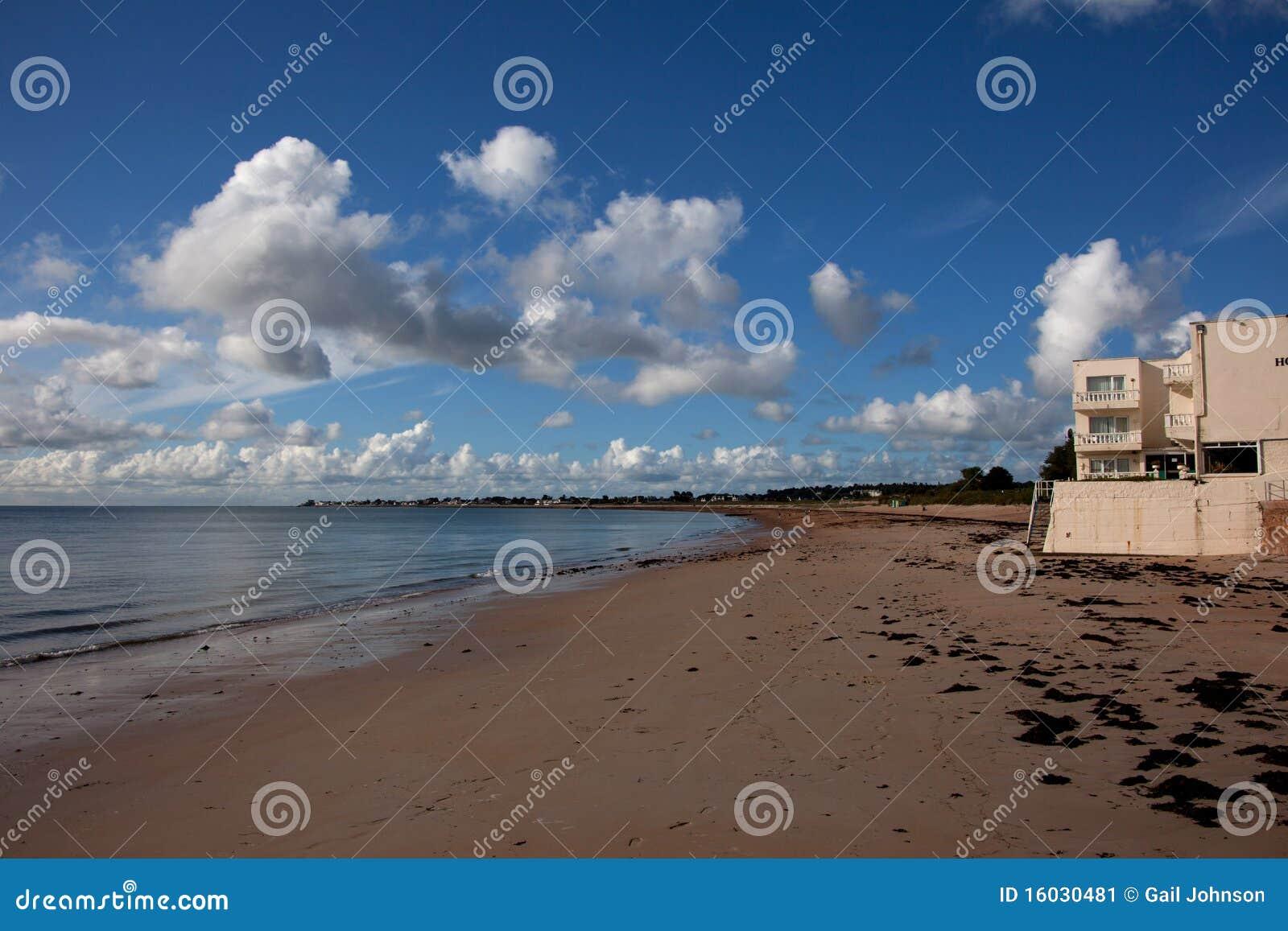 Puerto y playa de Gorey