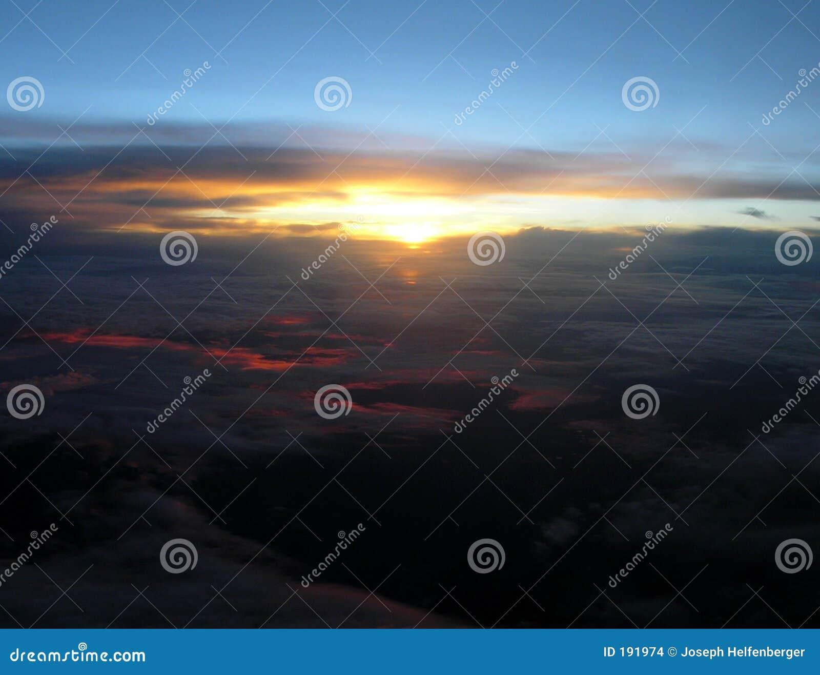 Puesta del sol de arriba