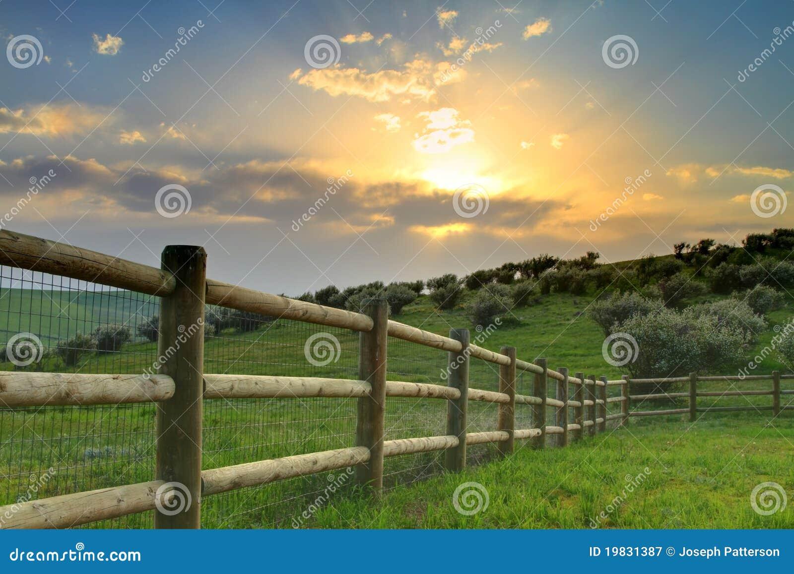 Puesta del sol del rancho