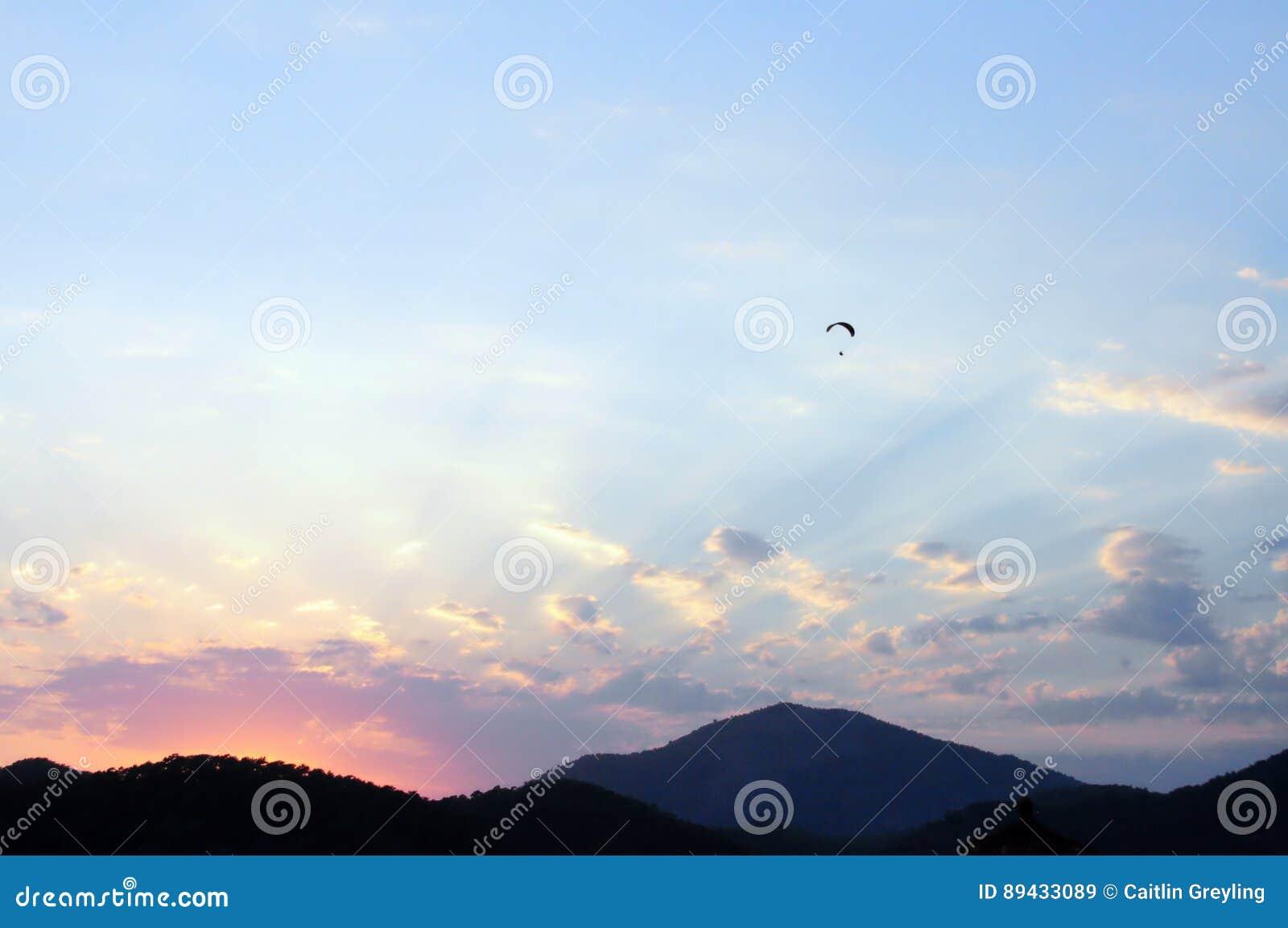 Puesta del sol en colores pastel Oludeniz