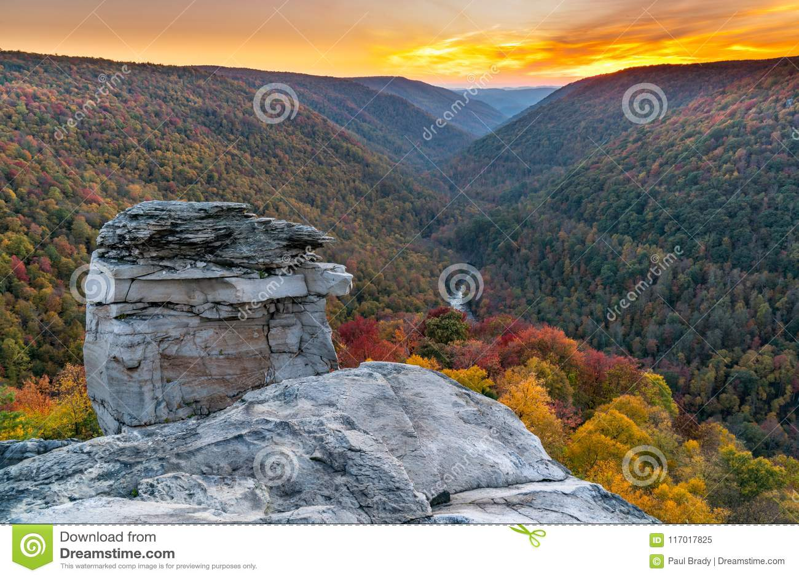 Puesta del sol en Lindy Point, Virginia Occidental
