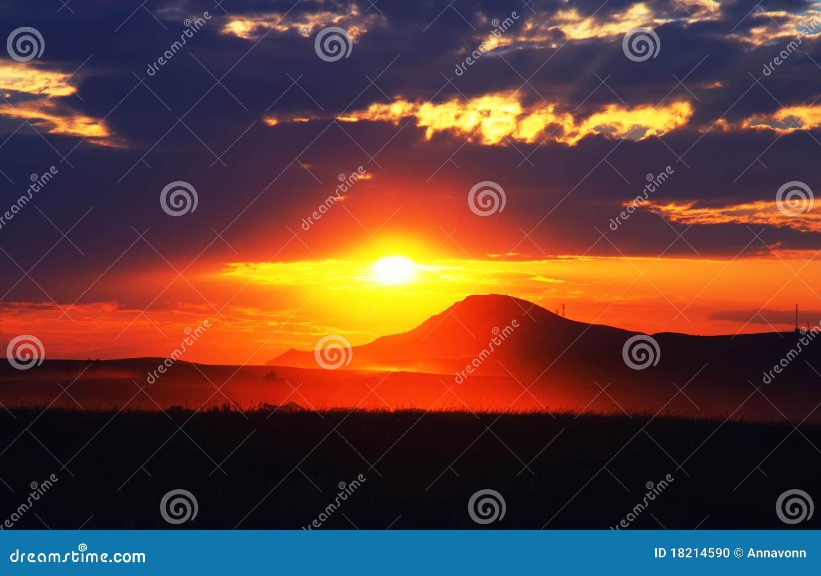 Puesta del sol maravillosa