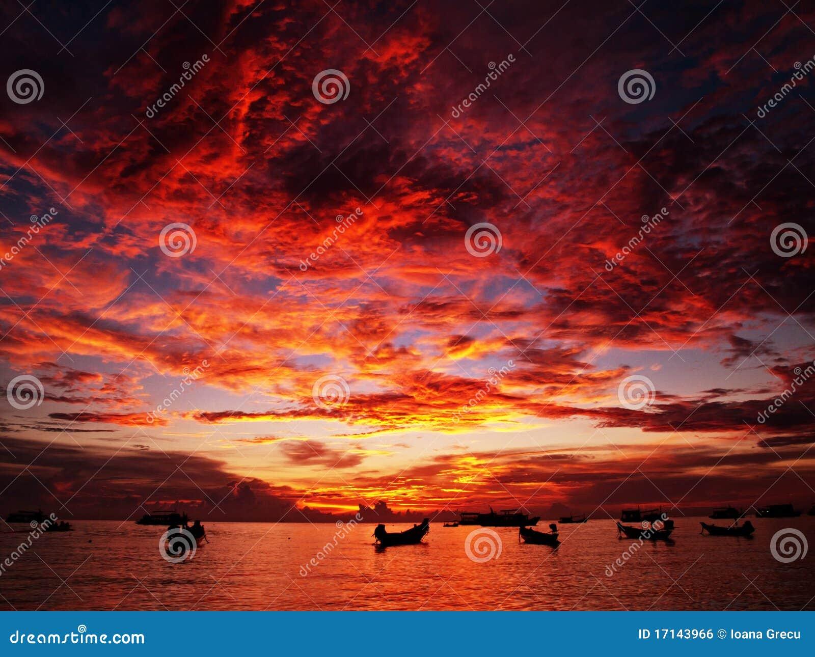 Puesta del sol roja