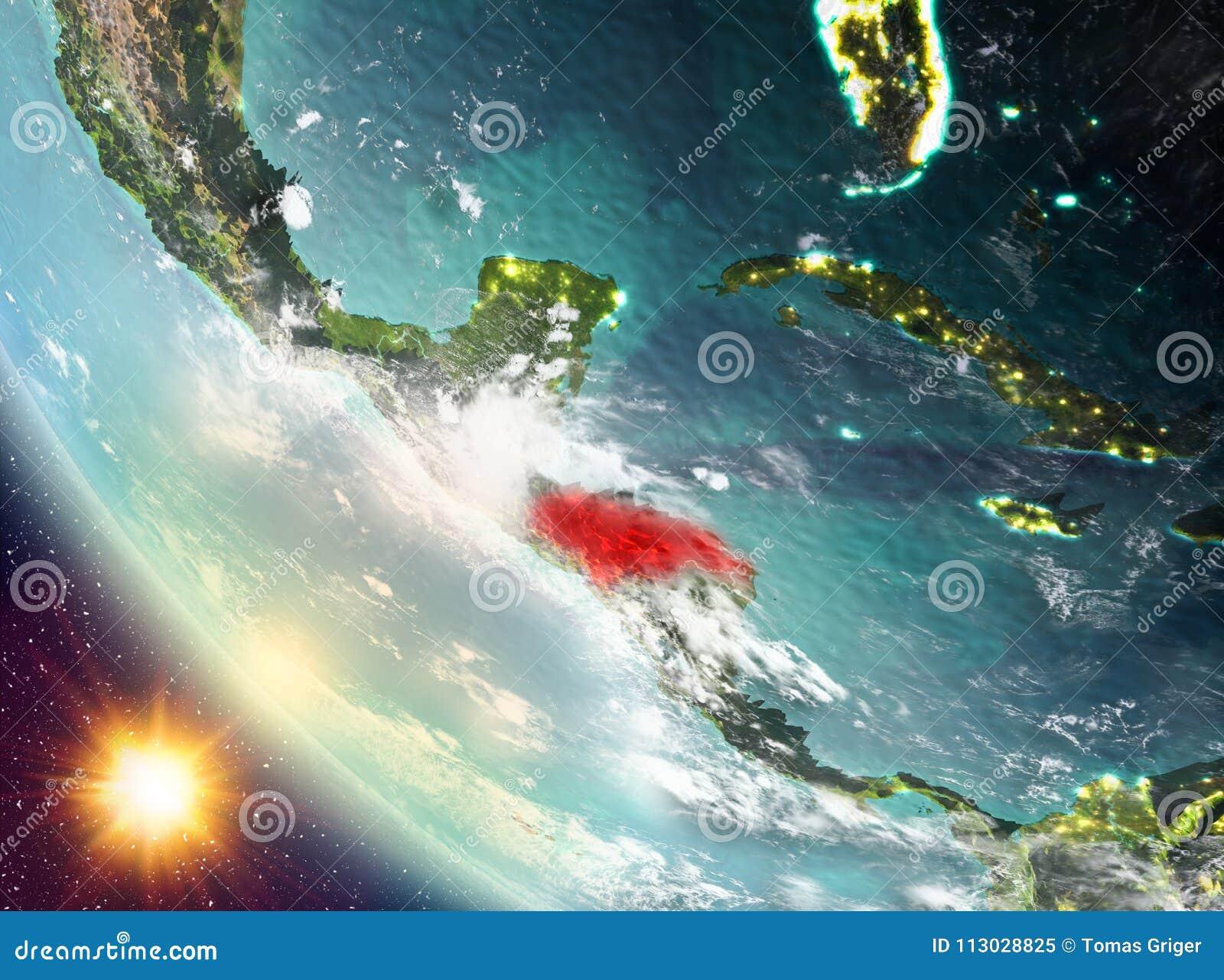 Puesta del sol sobre Honduras en la tierra