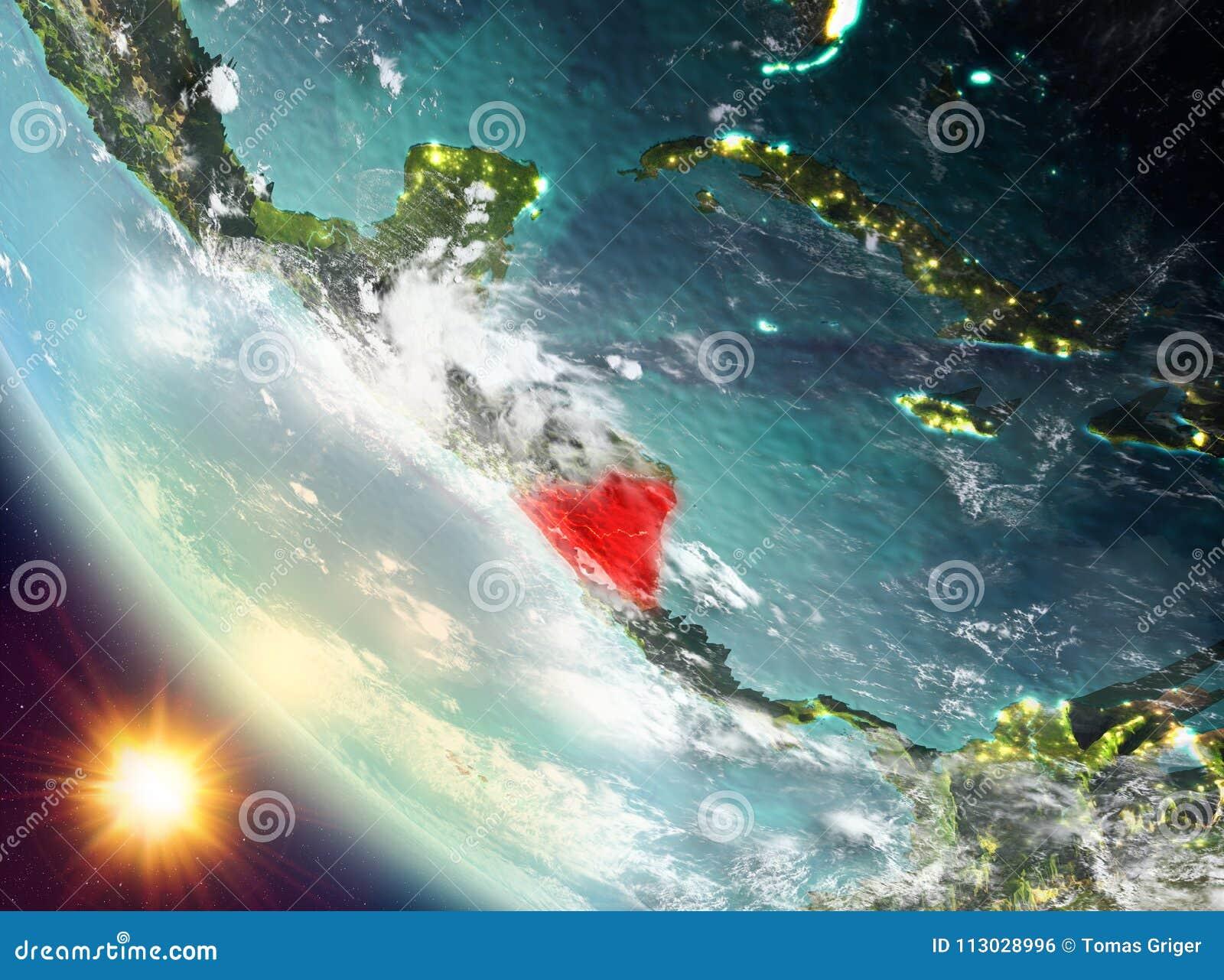 Puesta del sol sobre Nicaragua en la tierra