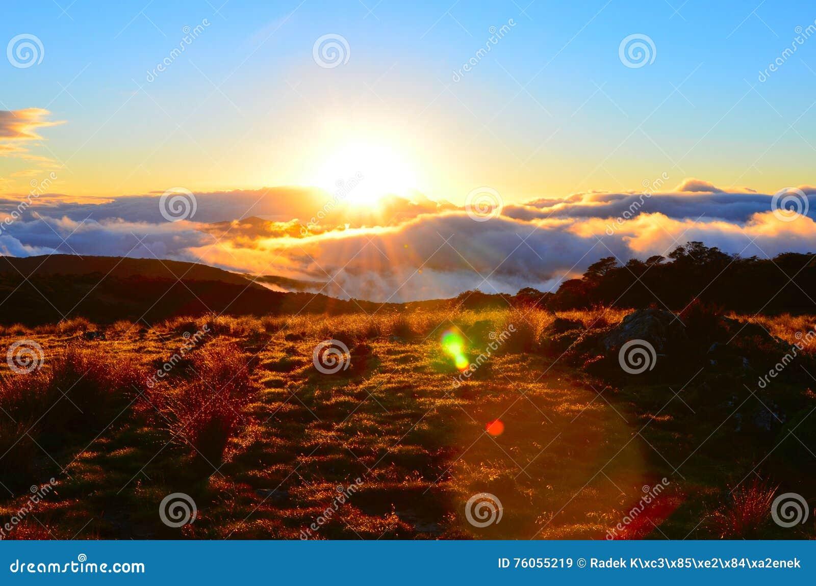 Puesta del sol, valle de Cobb