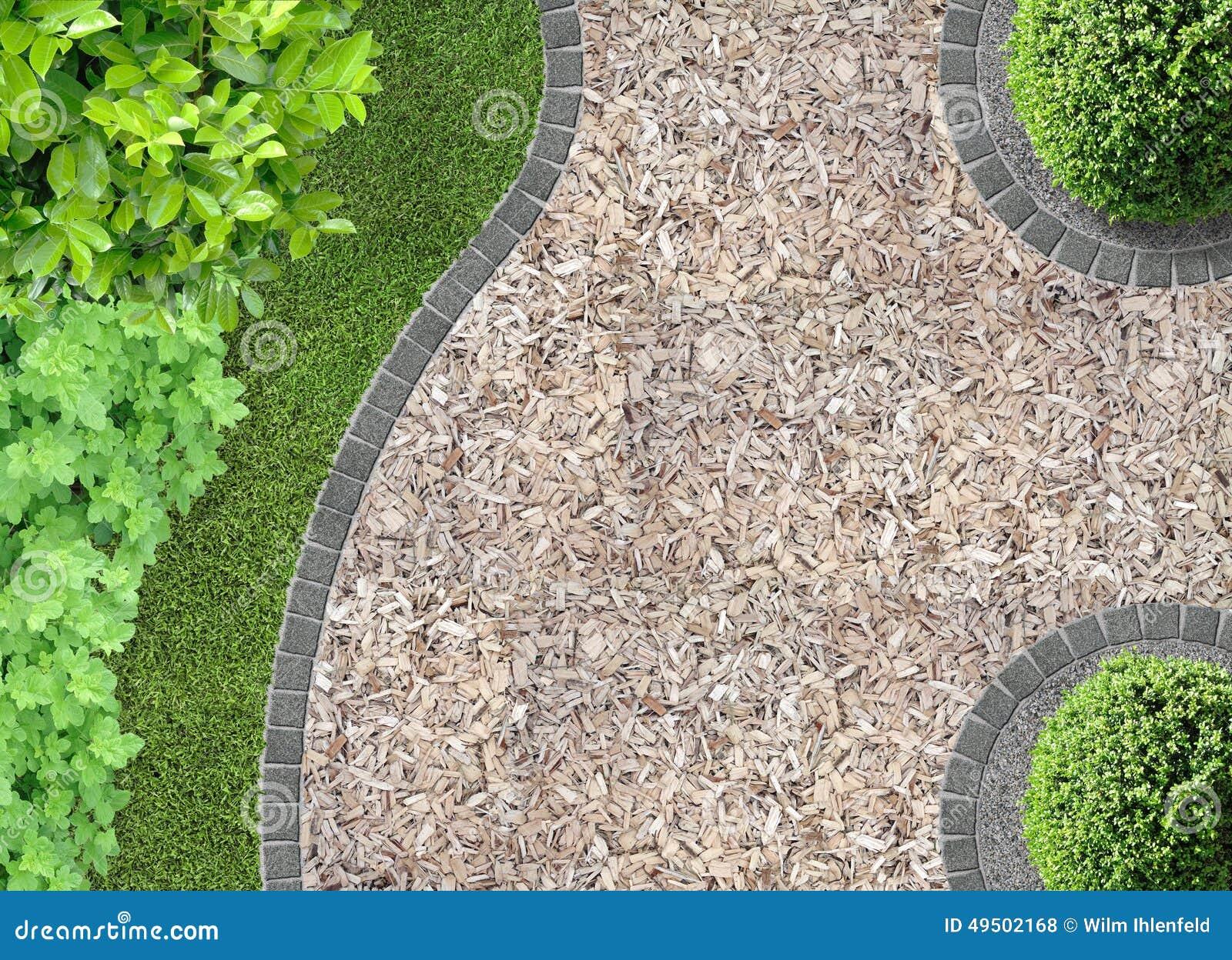 Pula della corteccia nel giardino fotografia stock for Spruzzatori giardino