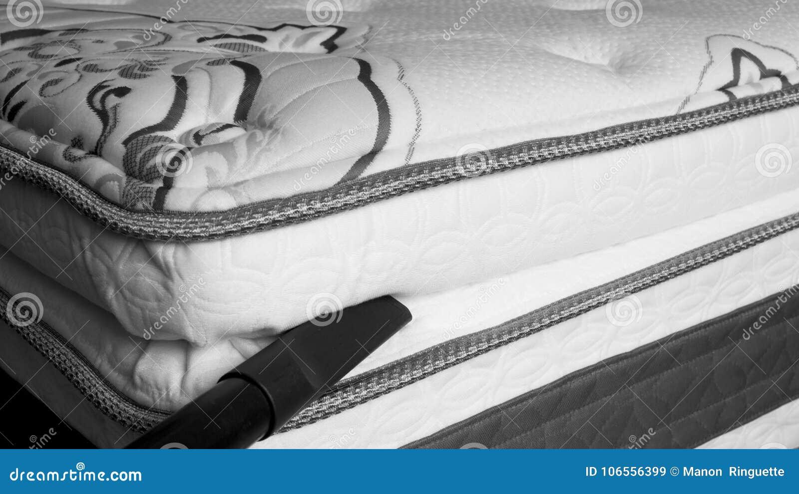 Pulizia del materasso prevenzione dellacaro dellinsetto e della